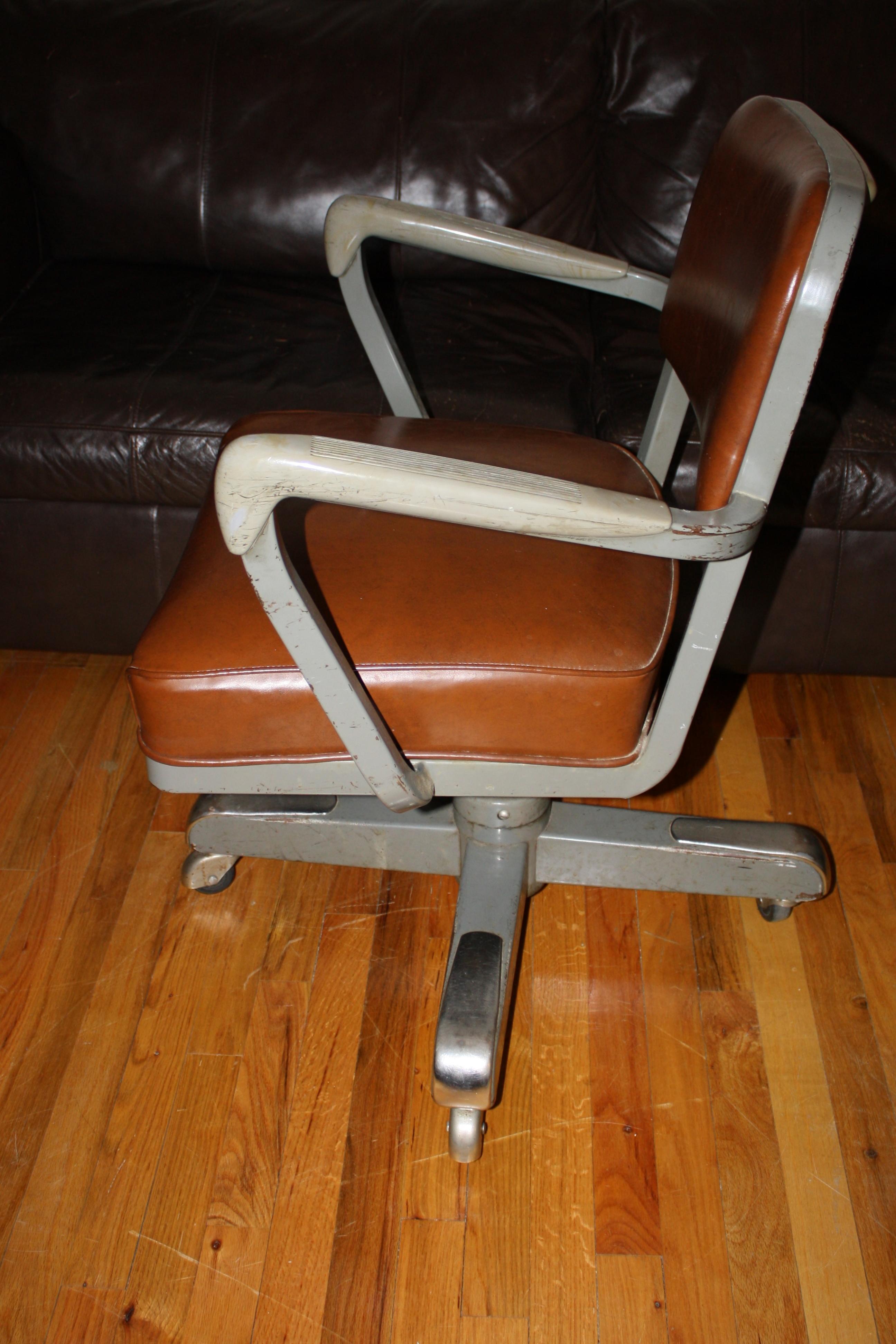 Mid Century Swivel Desk Chair Steel Base And Castors