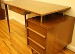 free flowing desk 4