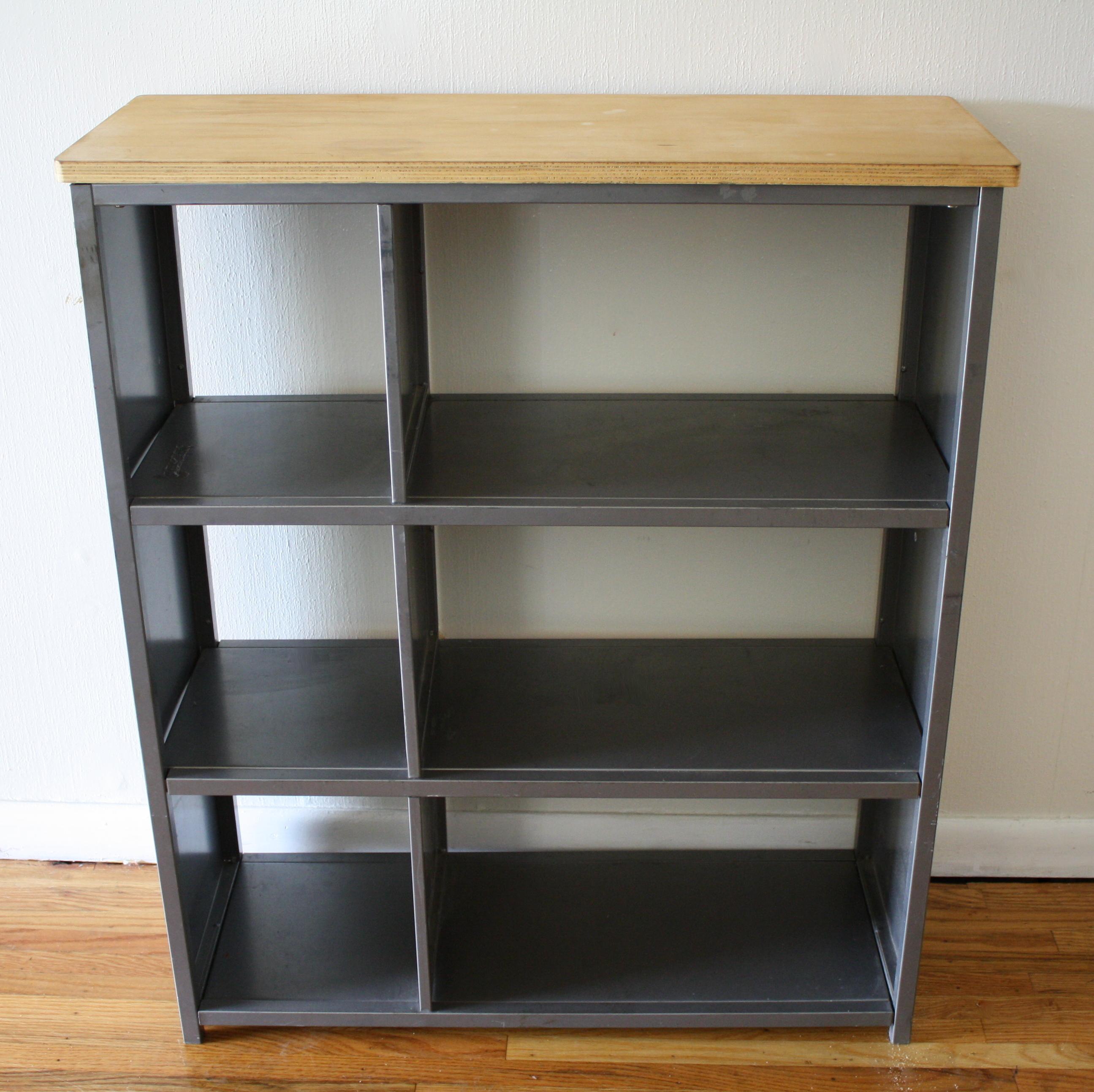 industrial metal bookcase shelf with wood top picked vintage. Black Bedroom Furniture Sets. Home Design Ideas