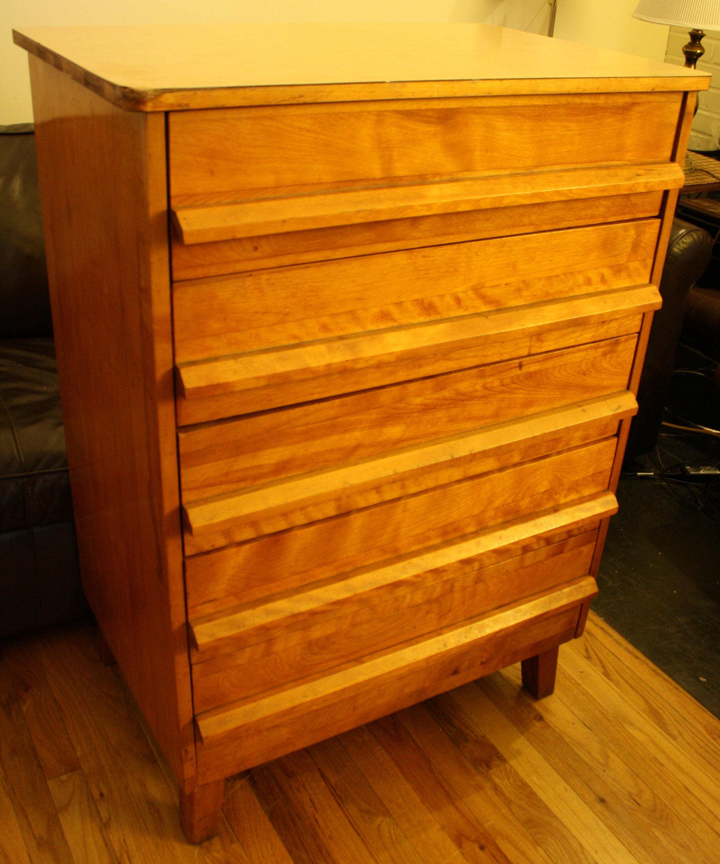 Mid Century Modern Dresser With Angled Drawer Pulls