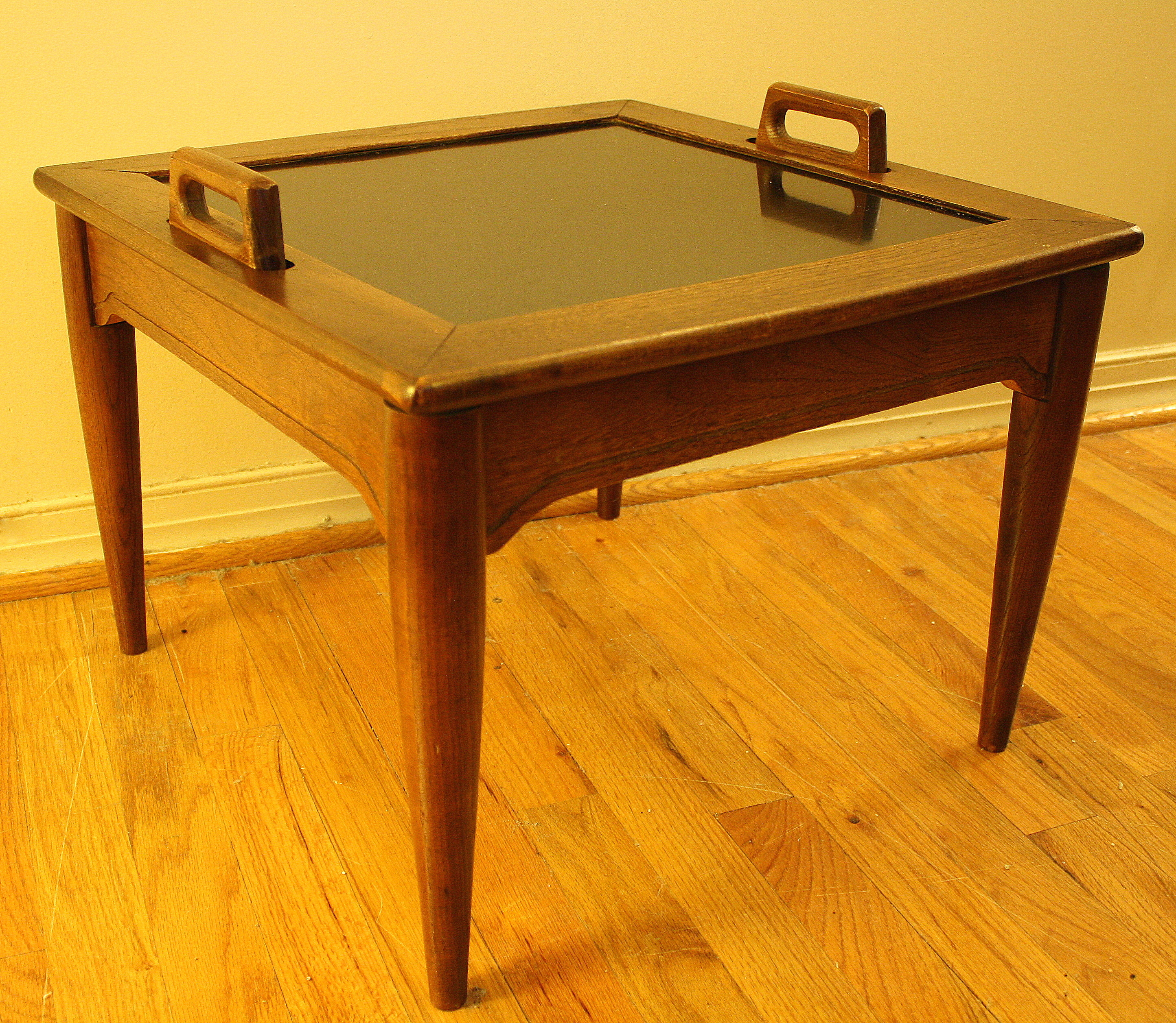 Mid Century Modern Serving Side Table With Removable Tray
