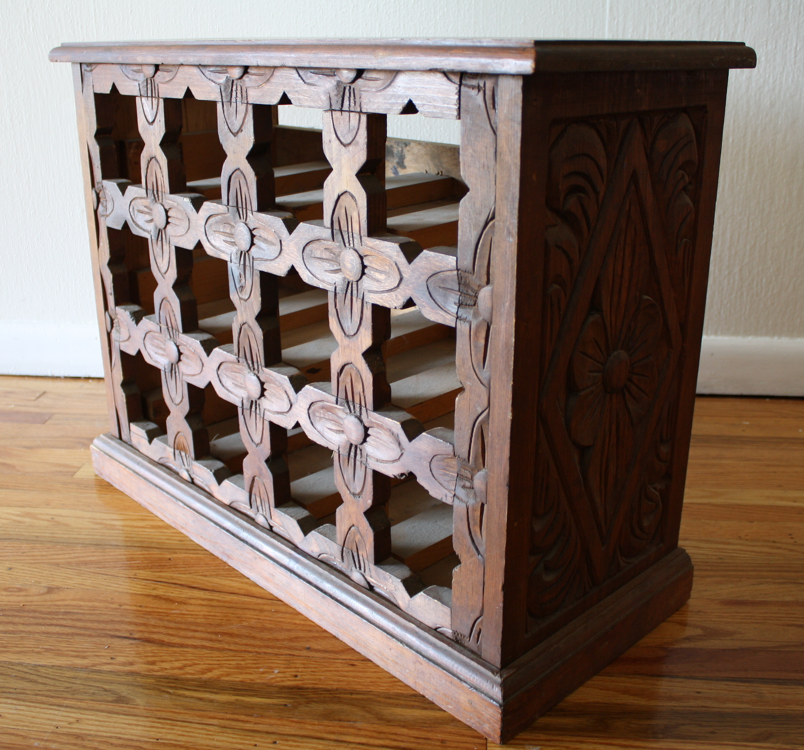Antique south american carved wood wine rack pretty for Old wine rack