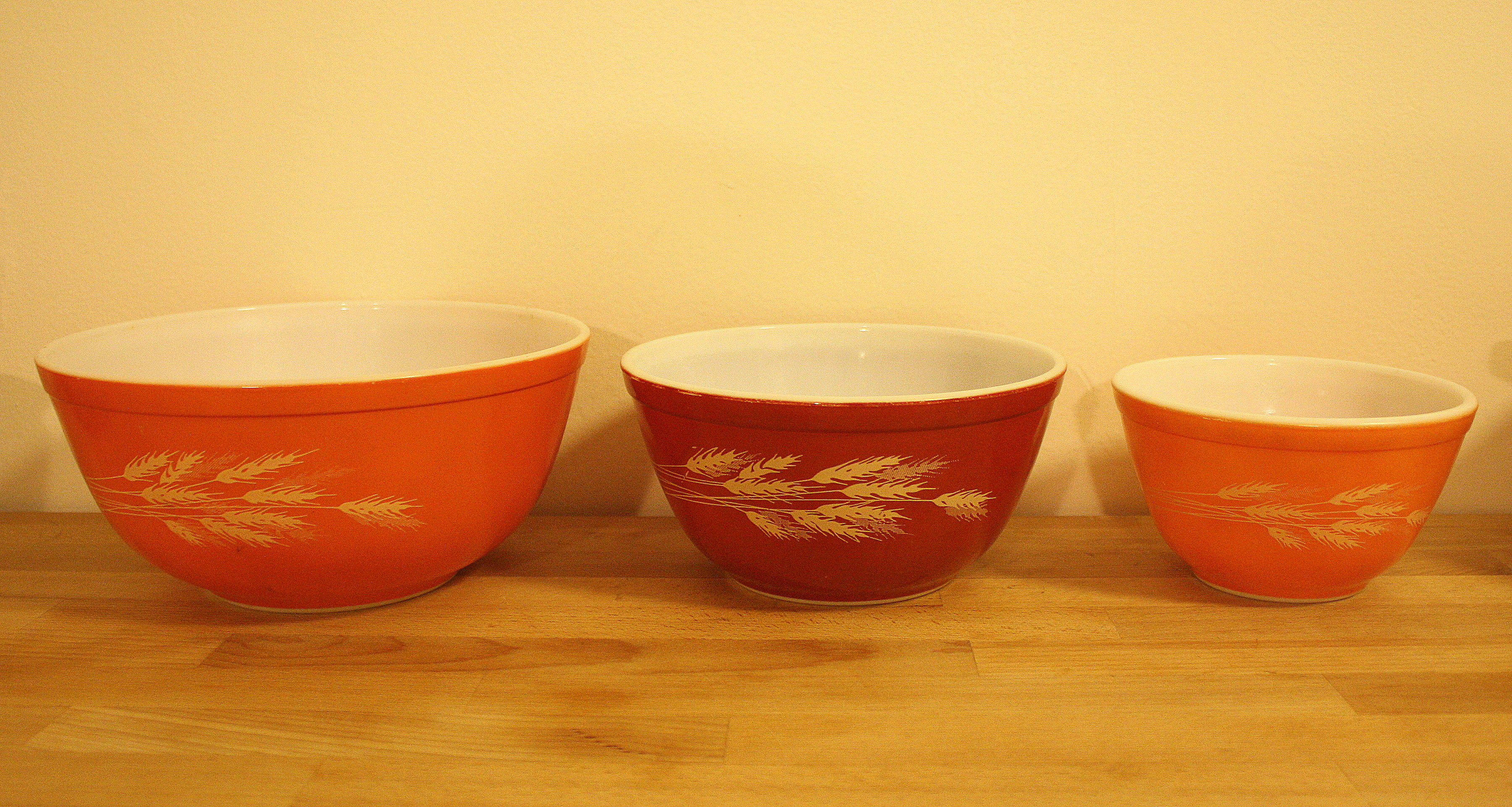 Vintage Pyrex Bowl Sets Funky And Functional Picked