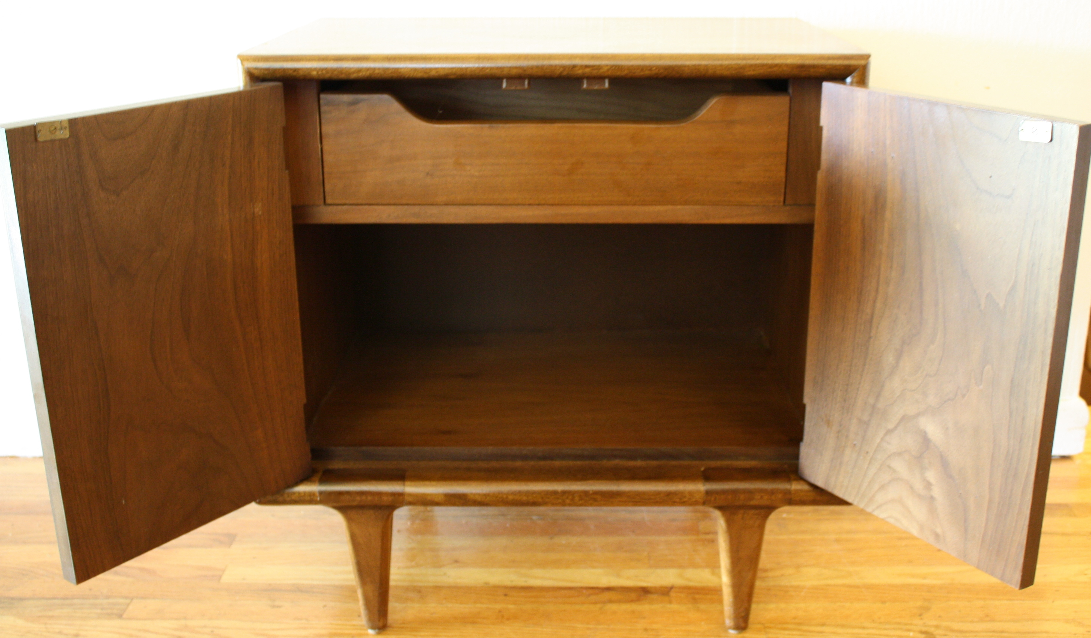 mid century modern end table – americanmartinsville | picked