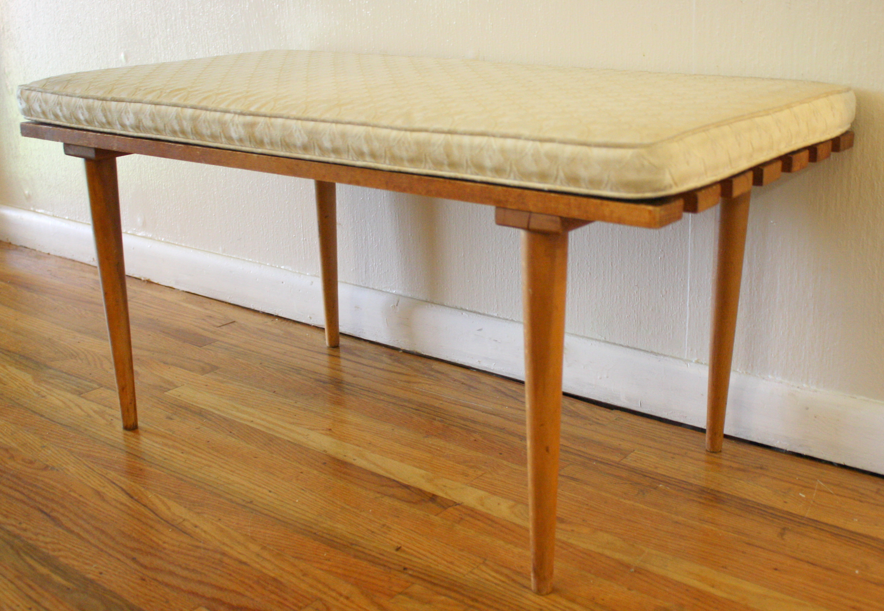 Mid Century Modern Slatted Wood Bench With Cushion