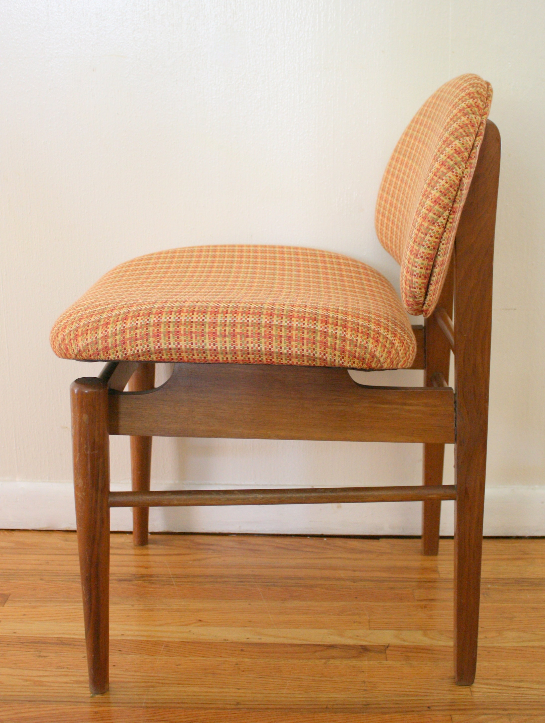 Mid century modern danish style upholstered chair picked for Mid century modern upholstered chair