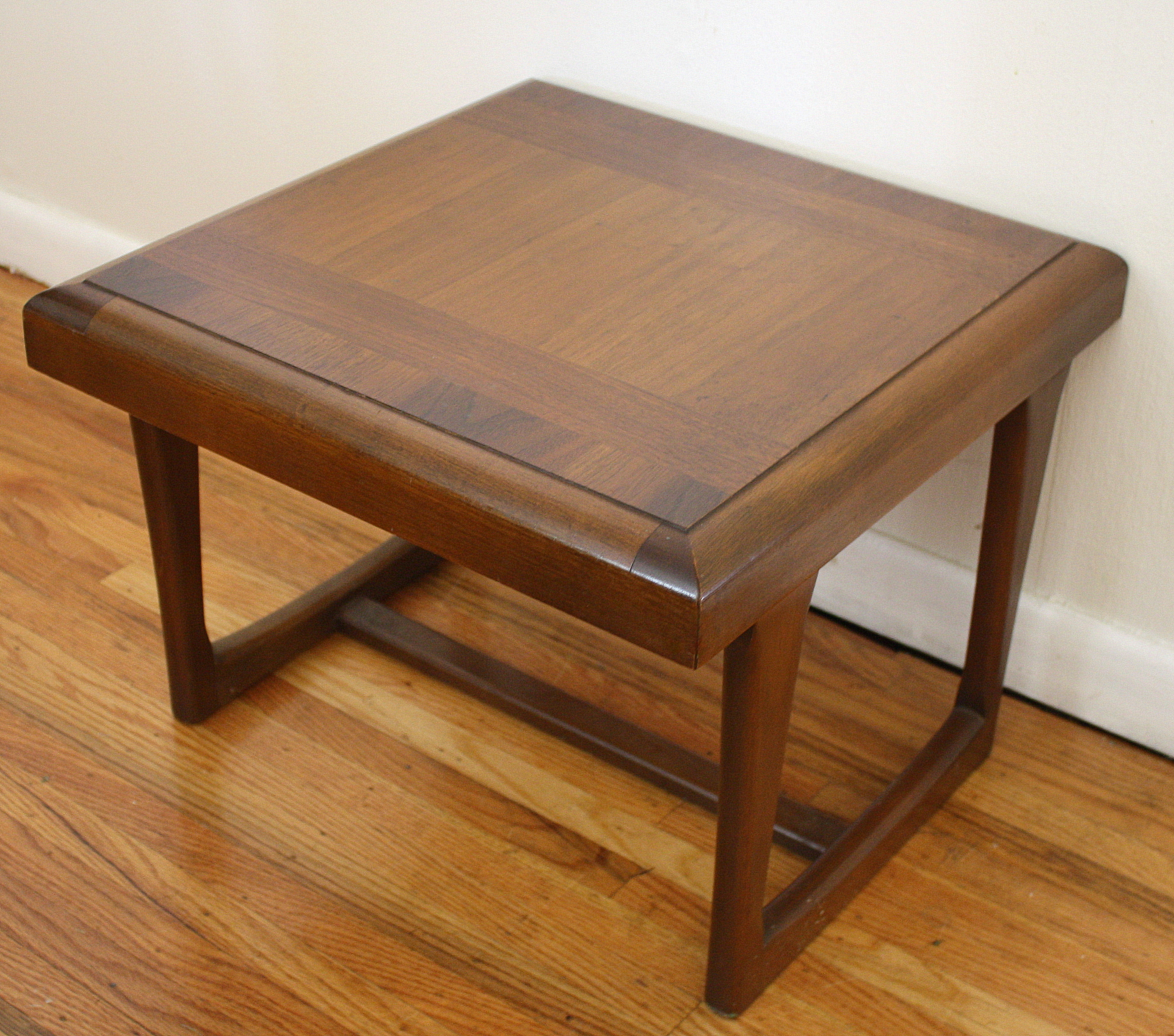 Mid century modern square side table by lane picked vintage for Square side table