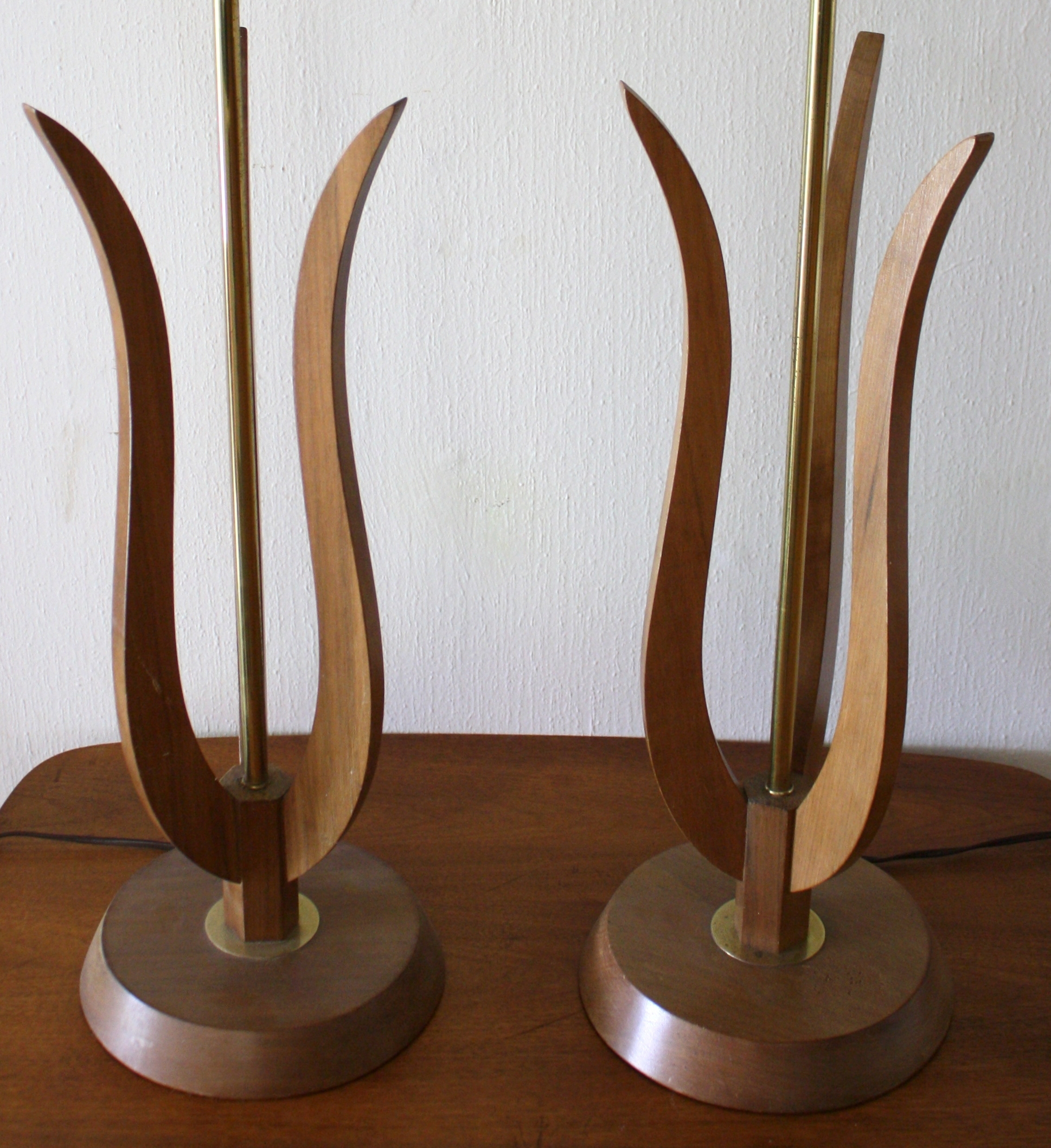 Mid Century Standard Lamp: Mid Century Modern Sculptural Wood Lamp And Tulip Lamps