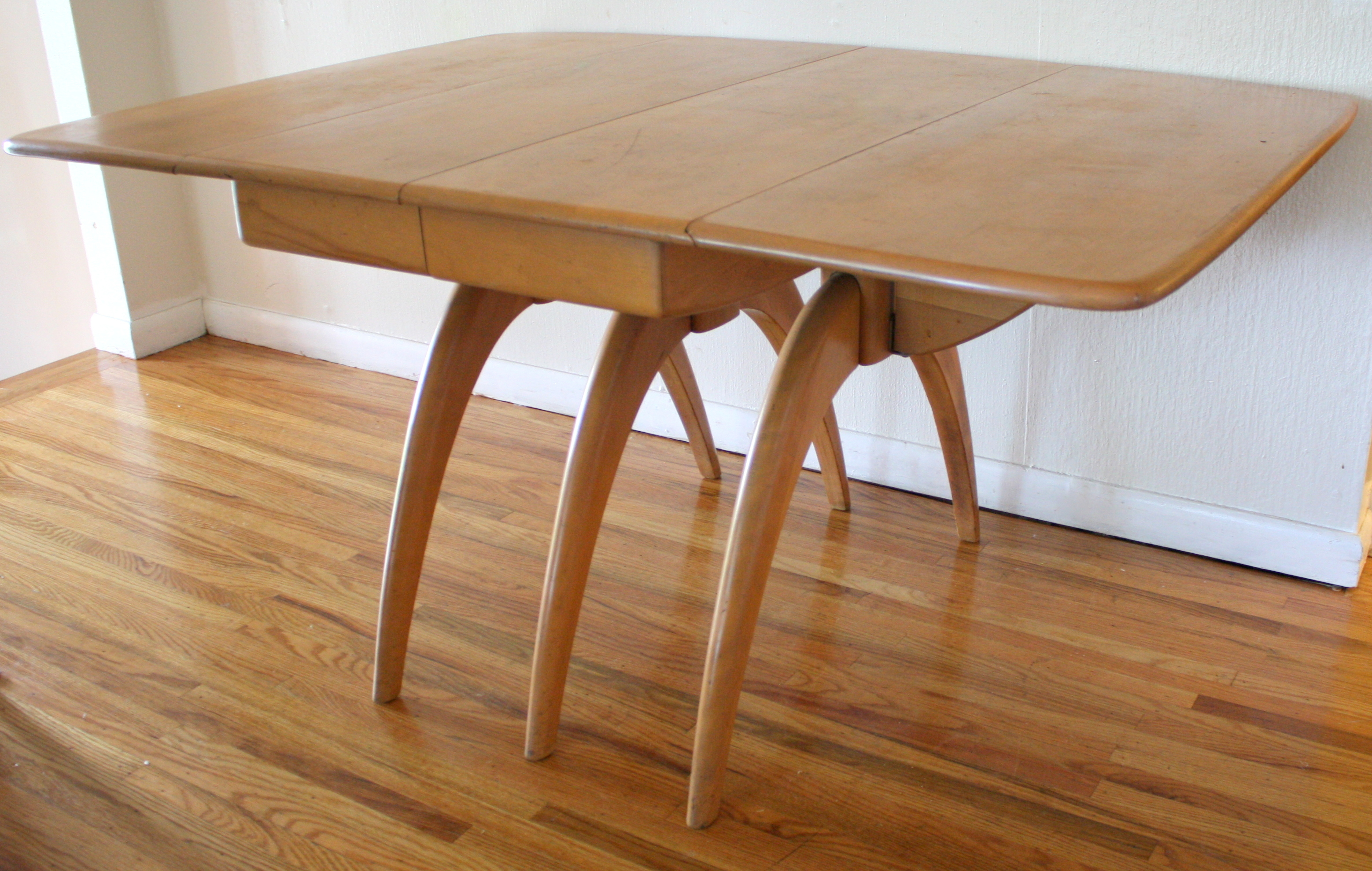 Mid Century Modern Dining Table By Heywood Wakefield