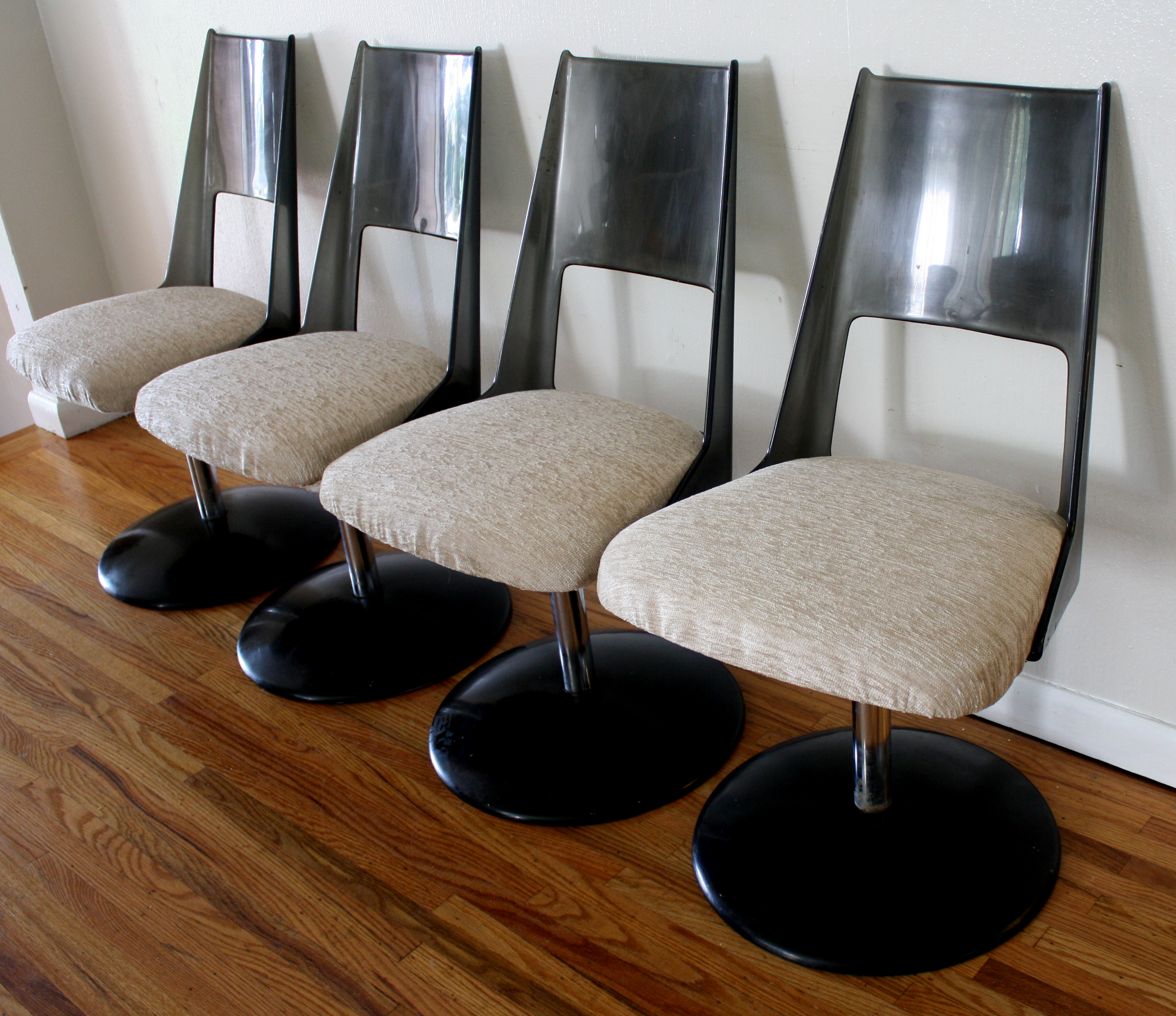 Vintage Industrial Space Age Coffee Table For Sale At Pamono: Mid Century Modern Lucite Dinette Set