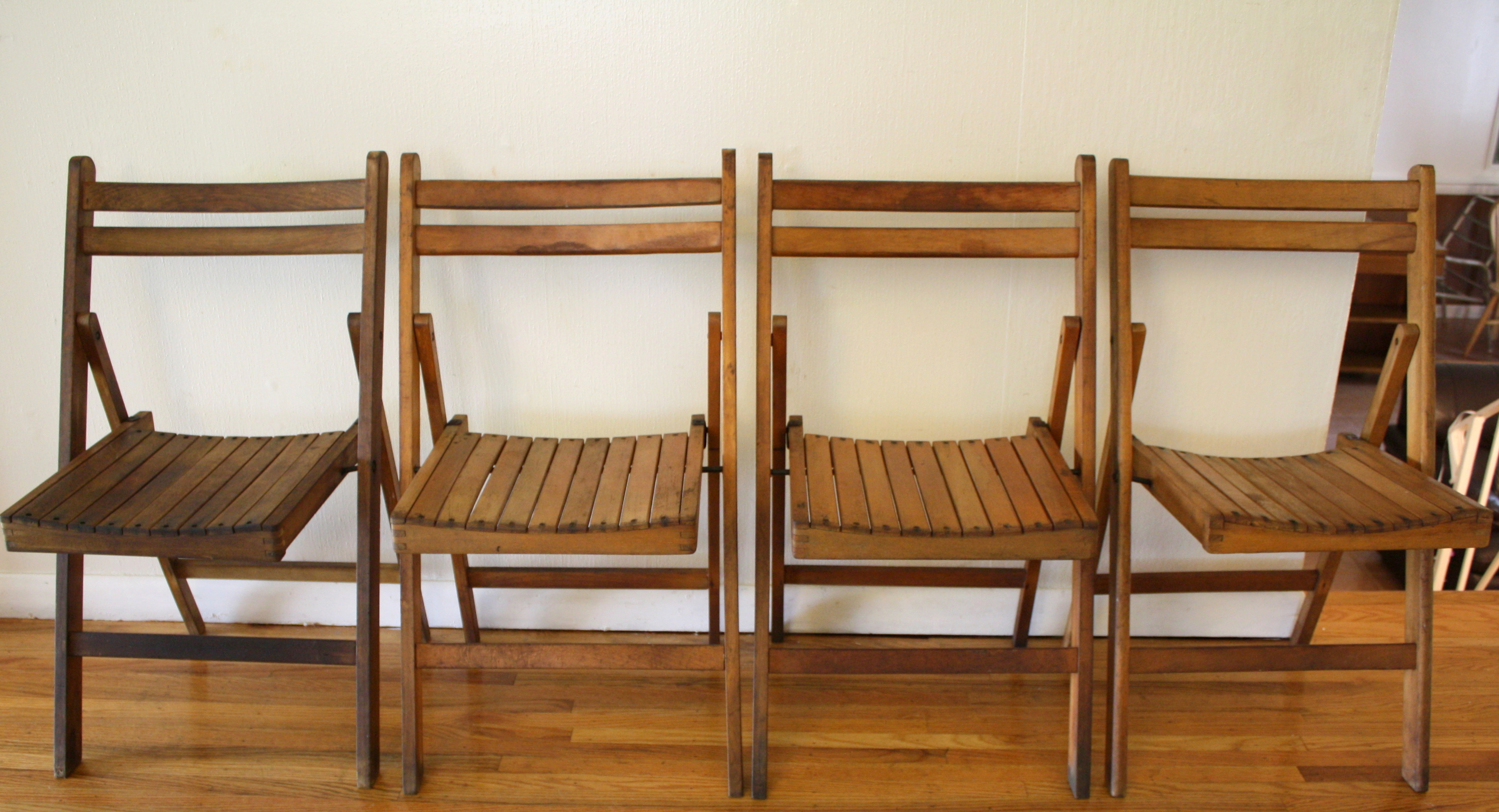 Set Of 4 Antique Slatted Folding Chairs Picked Vintage