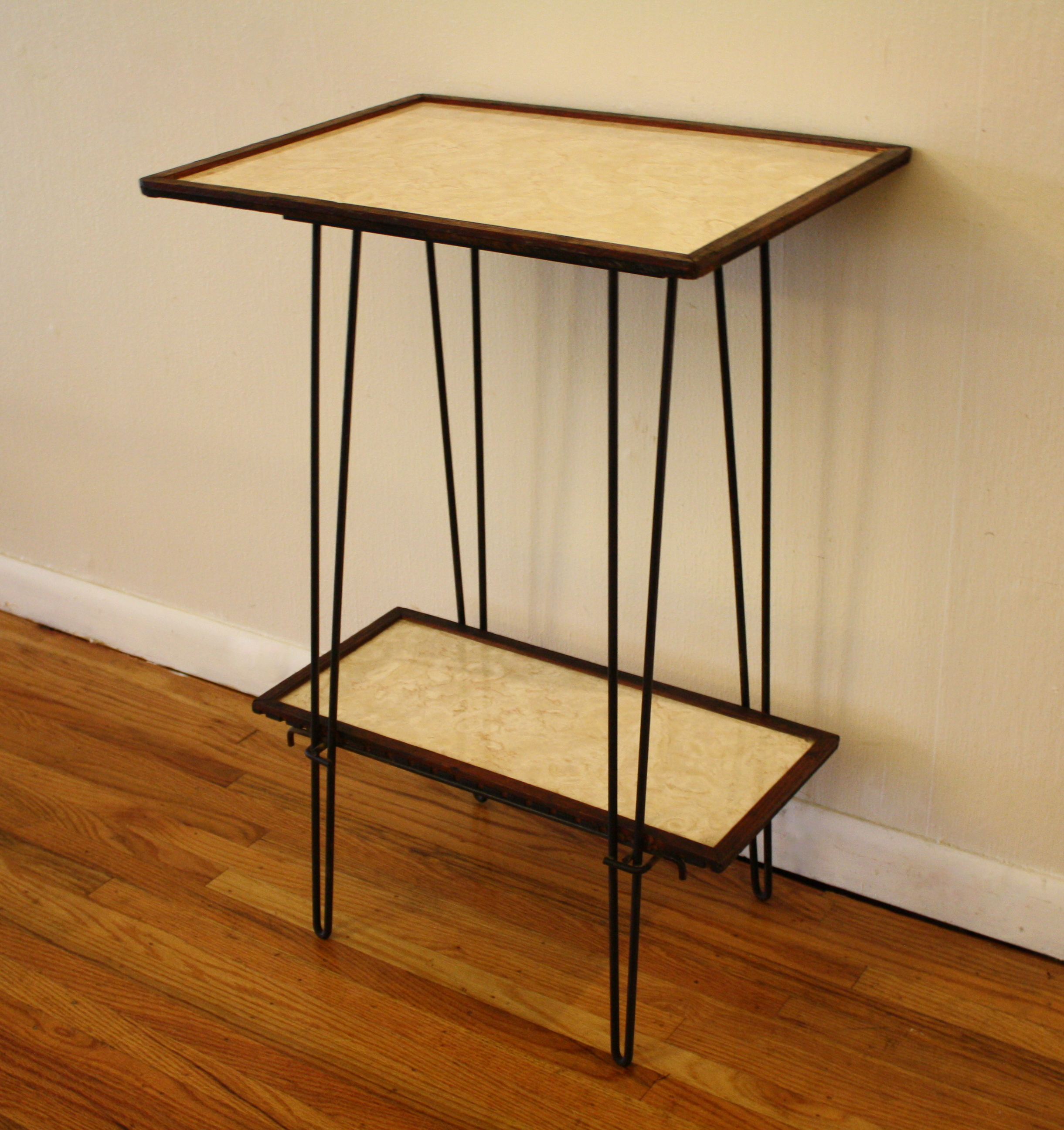mcm hairpin side table with shelf 2 picked vintage. Black Bedroom Furniture Sets. Home Design Ideas