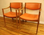 Gunlocke arm chairs orange 1