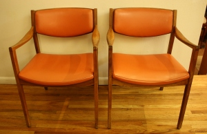 Gunlocke arm chairs orange 2