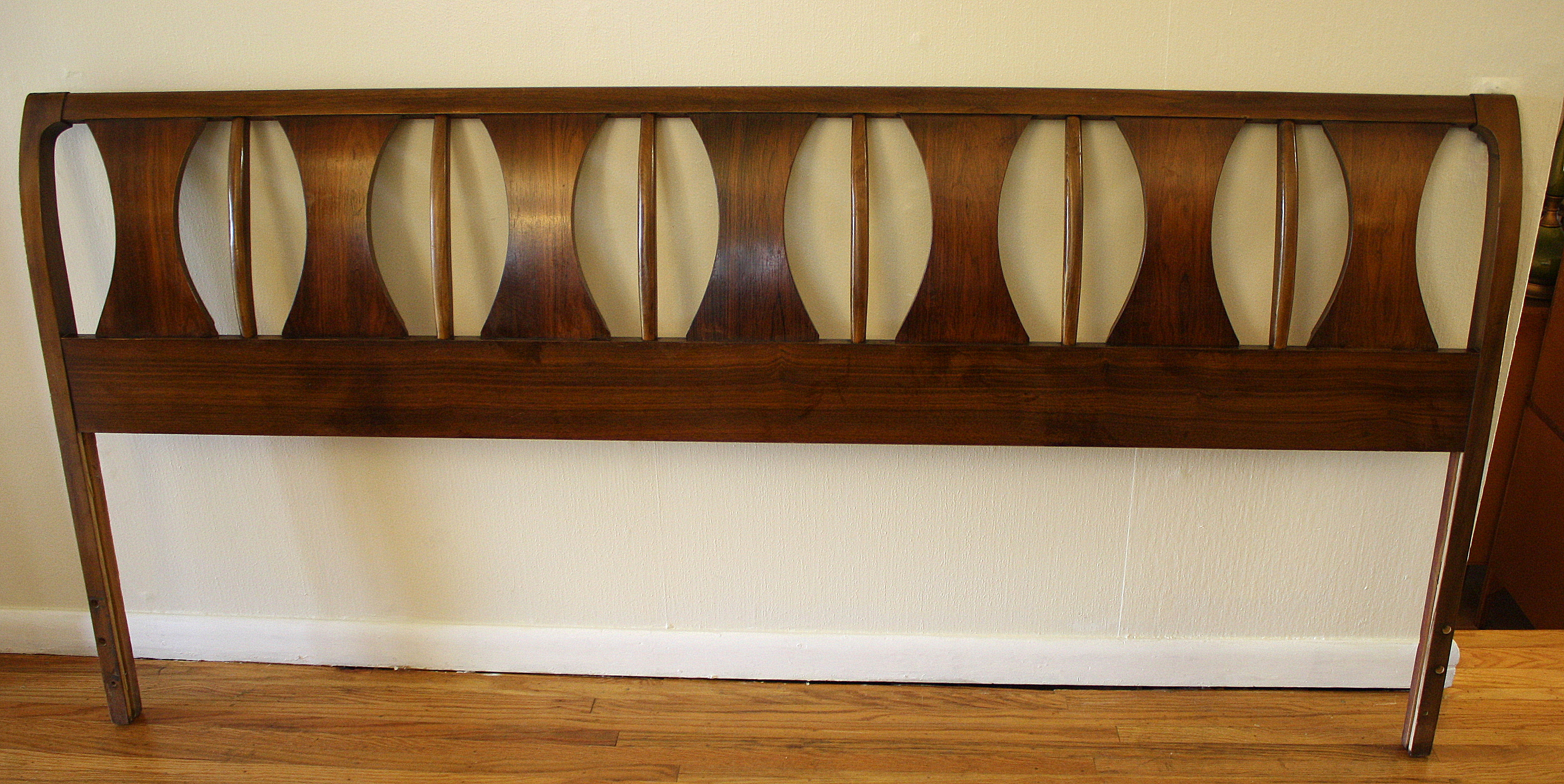 Kent Coffey Perspecta Headboard Picked Vintage