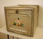 Antique breadbox