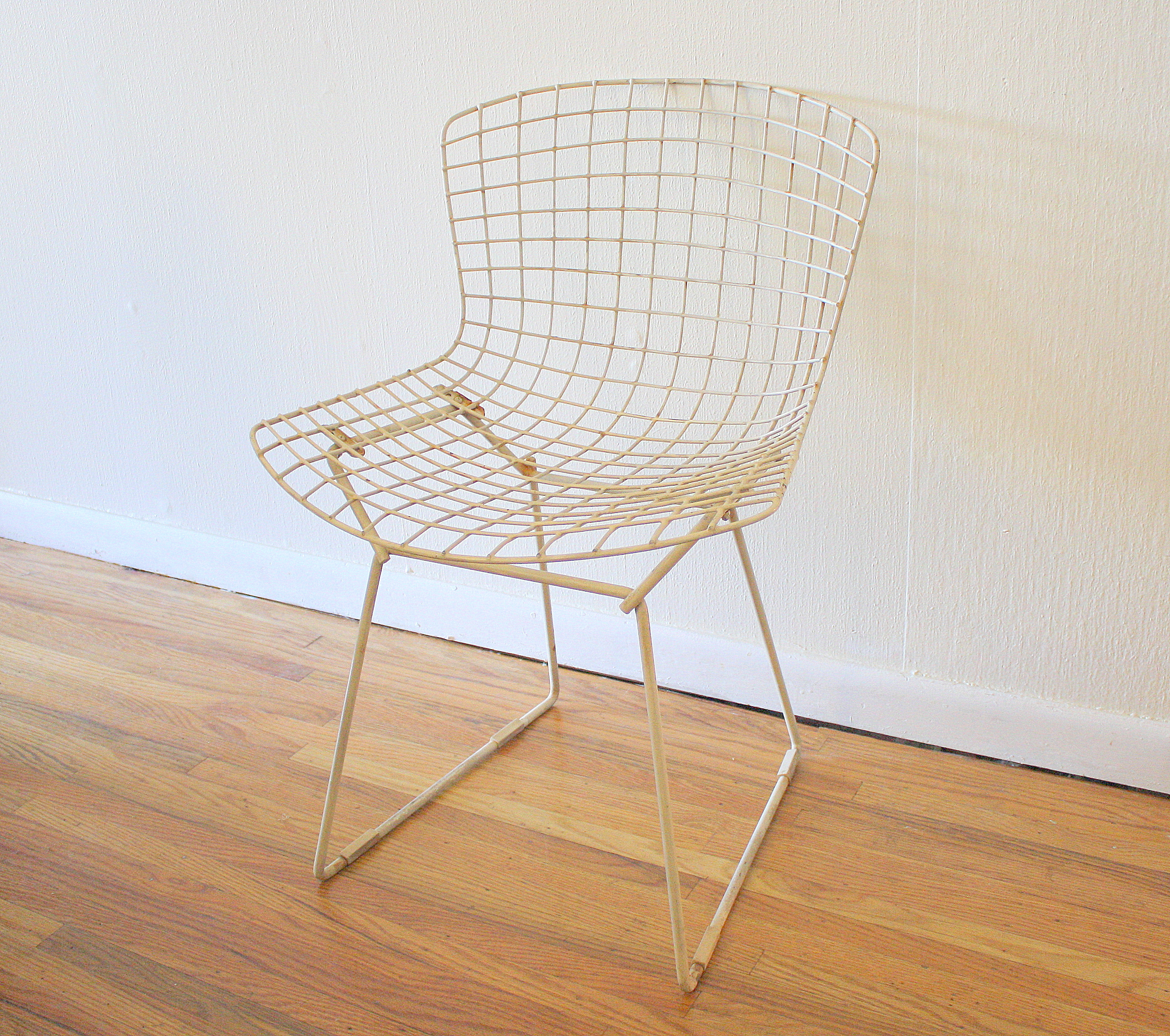 Bertoia wire chairs for knoll picked vintage for Bertoia stoel