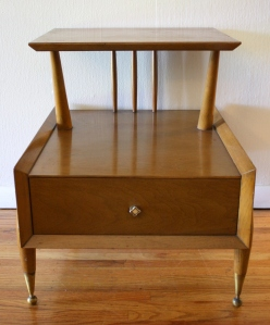 mcm kent coffey side table 1