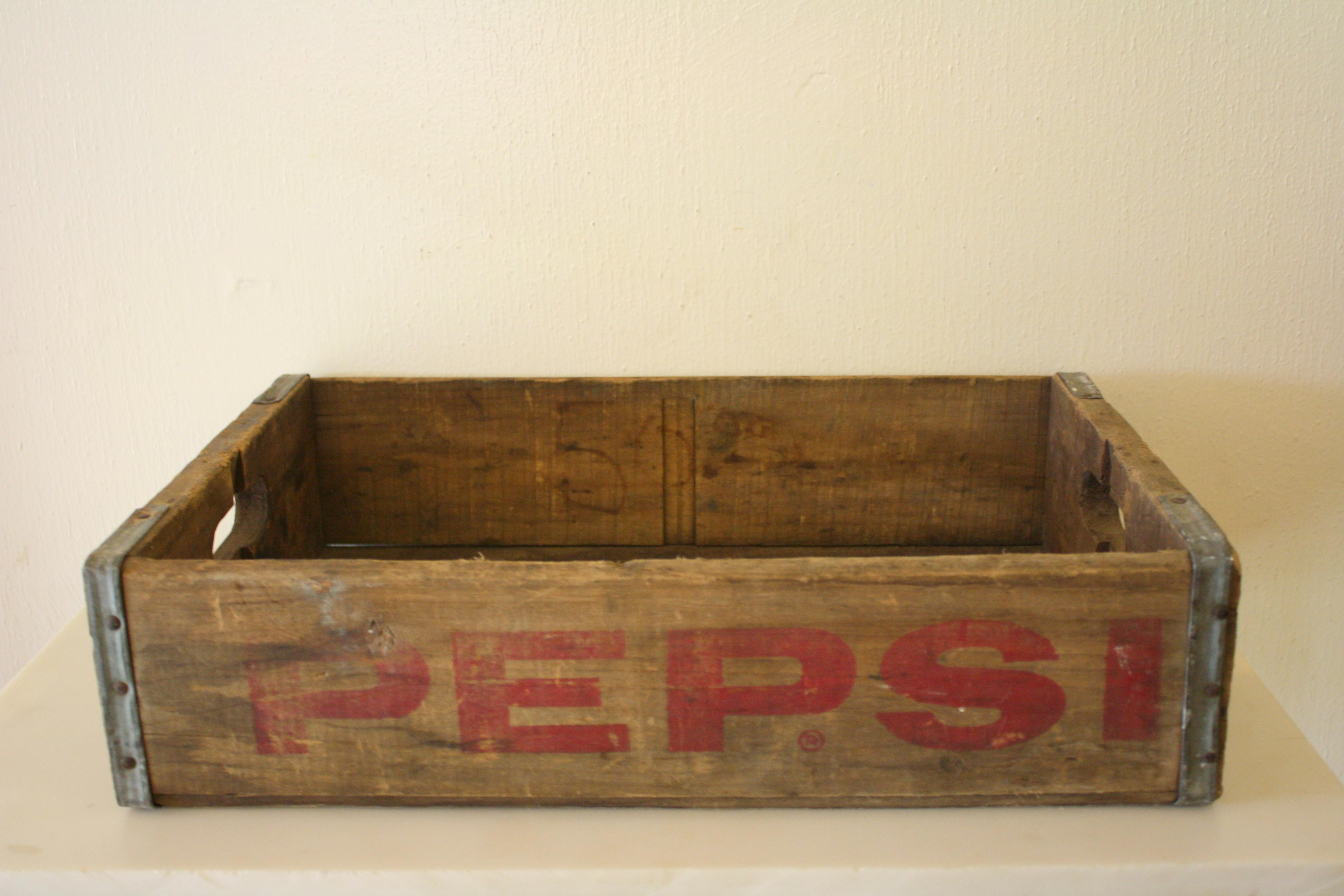 Sold in our September FABCOM sale Picked Vintage : pv80381 from pickedvintage.com size 3888 x 2592 jpeg 3353kB