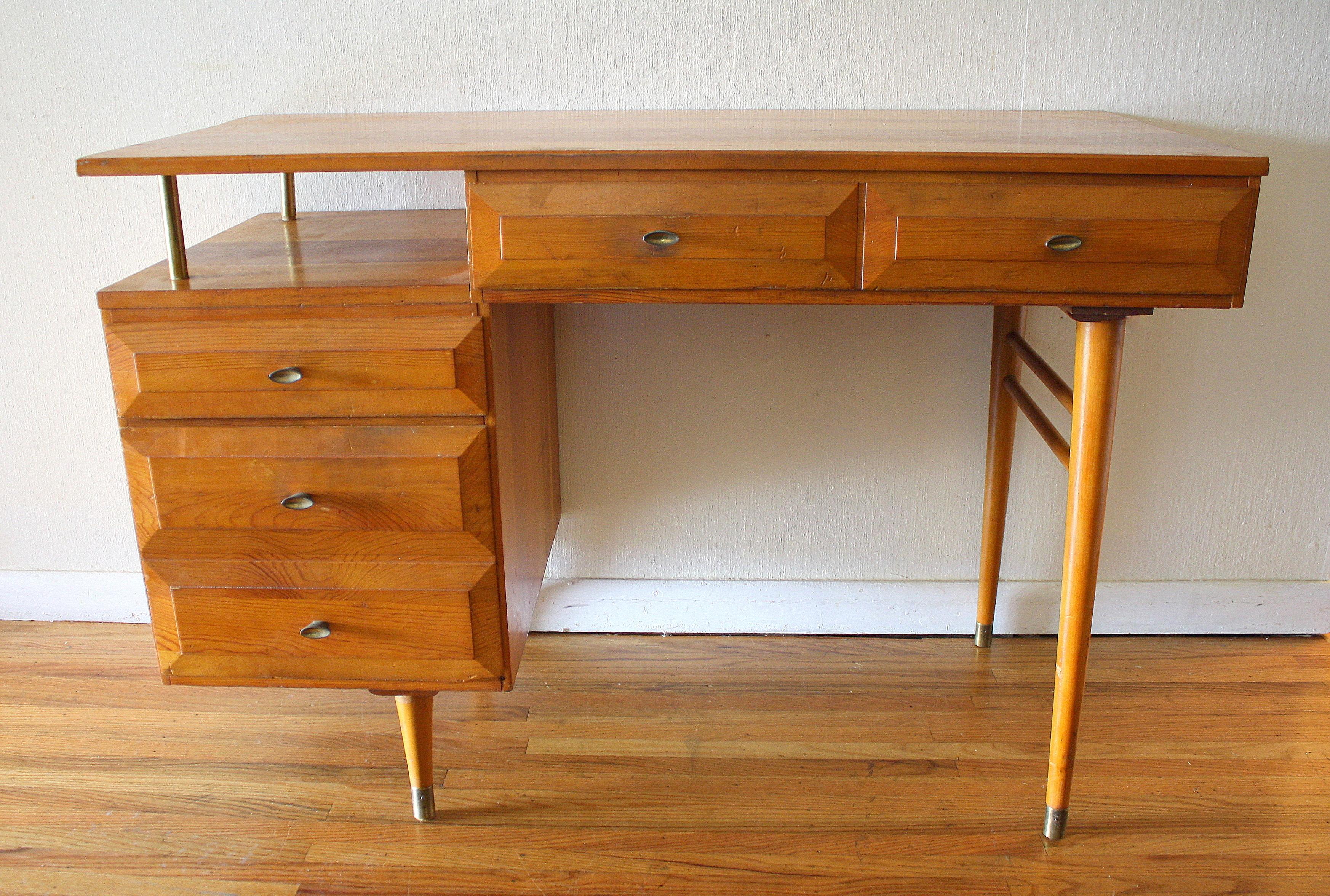Mid Century Modern Floating Desk By Aristobilt Picked