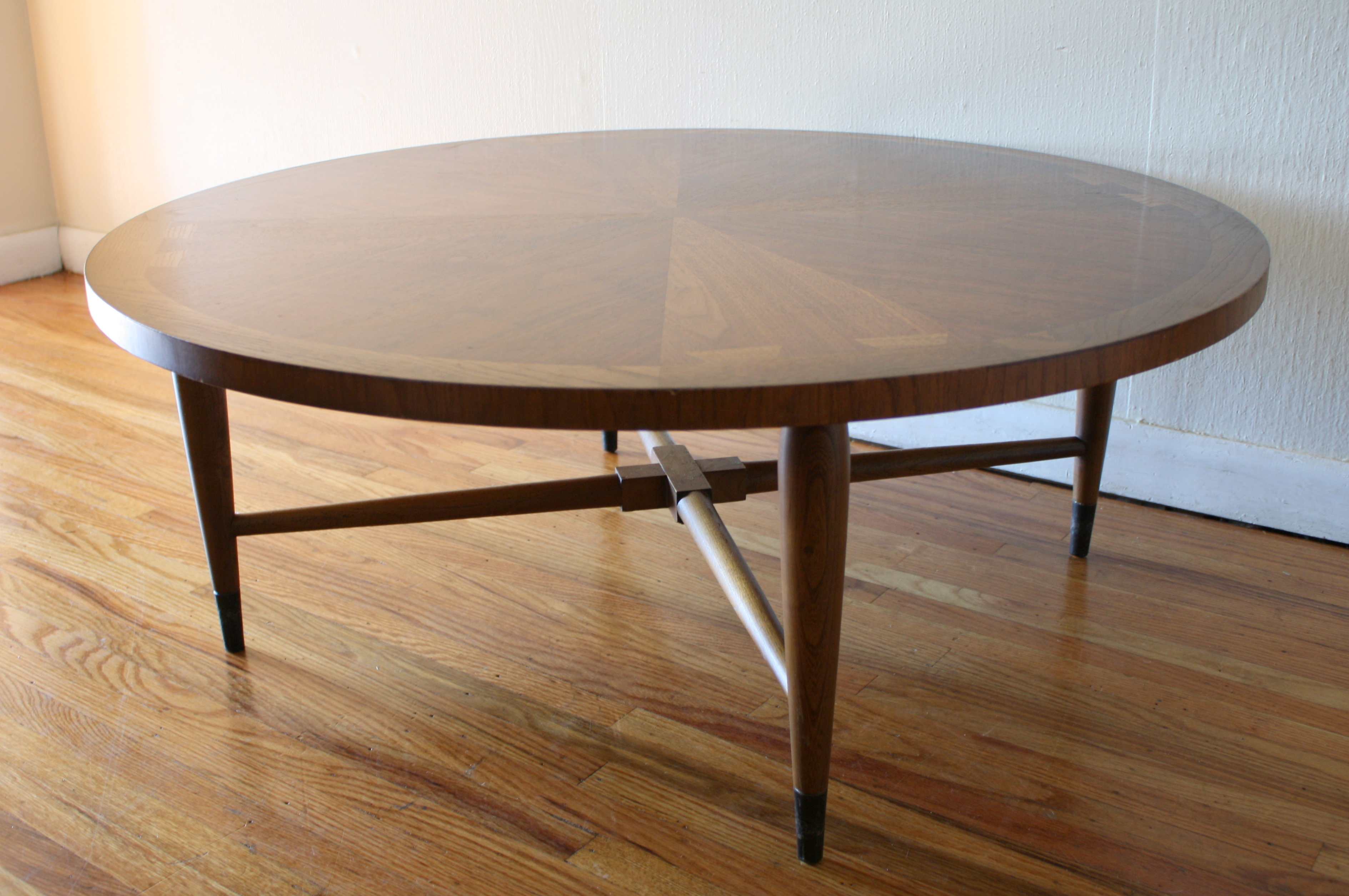 Lane Acclaim Dovetail Coffee Table Amp Dining Table Picked