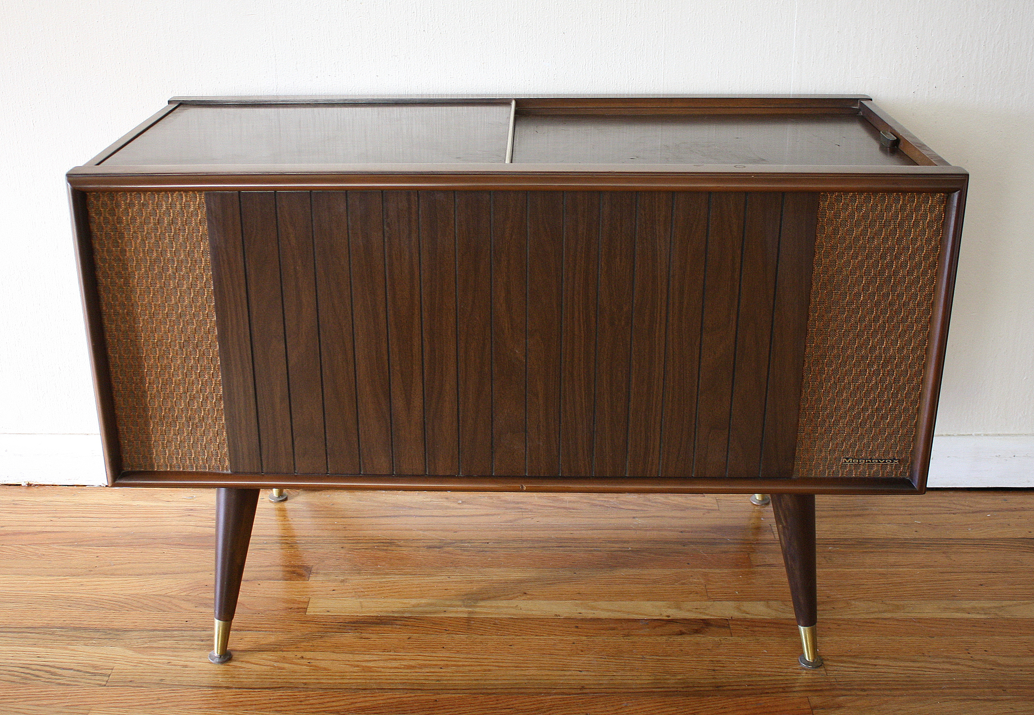Design Record Player Cabinet mcm magnavox stereo 1 picked vintage mid century modern record player
