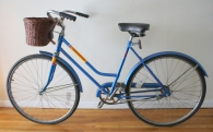 Columbia roadster bike with basket 1
