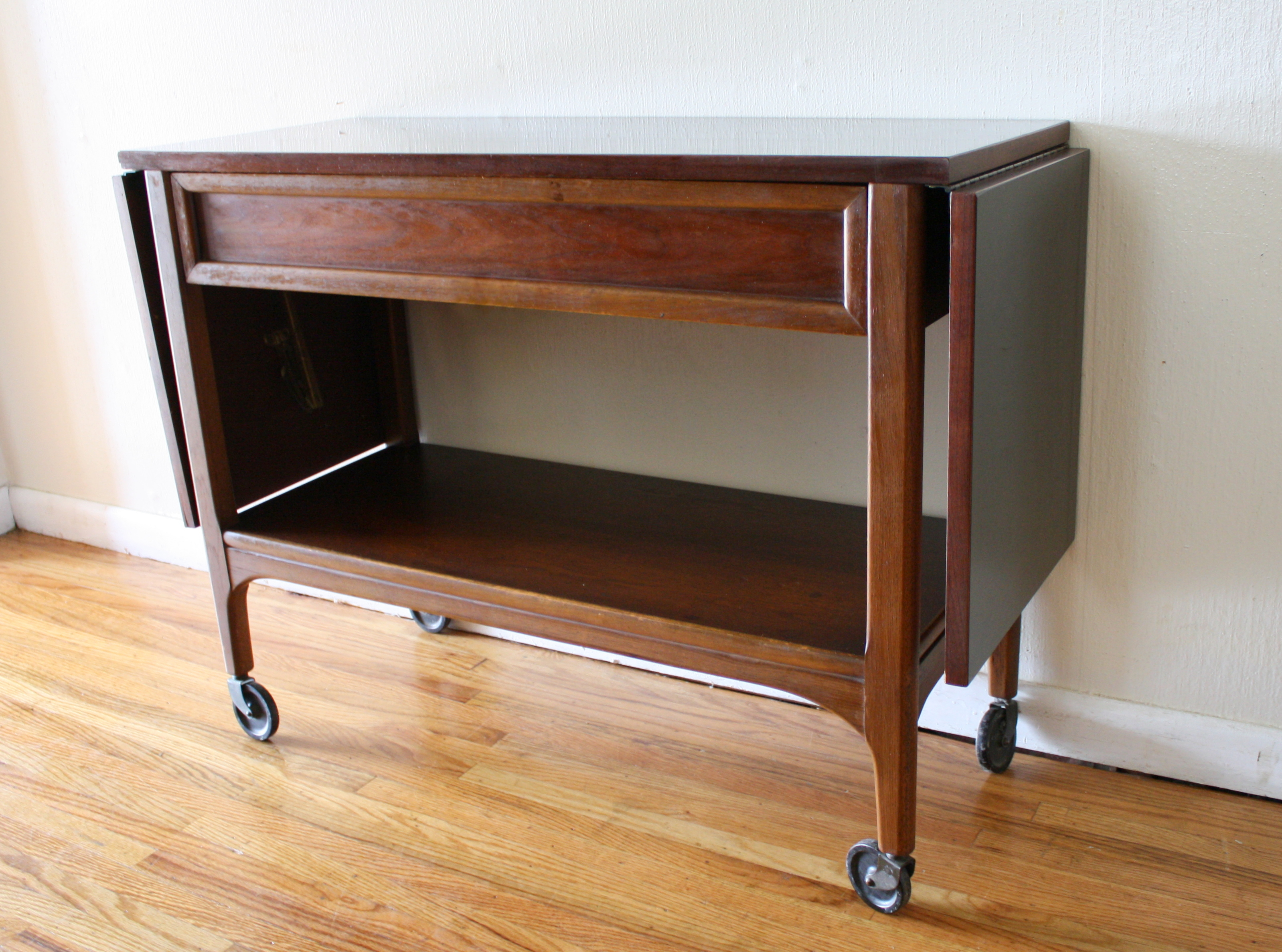Mid Century Modern Console Table by Lane : Picked Vintage