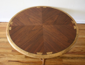 Lane acclaim round coffee table 2