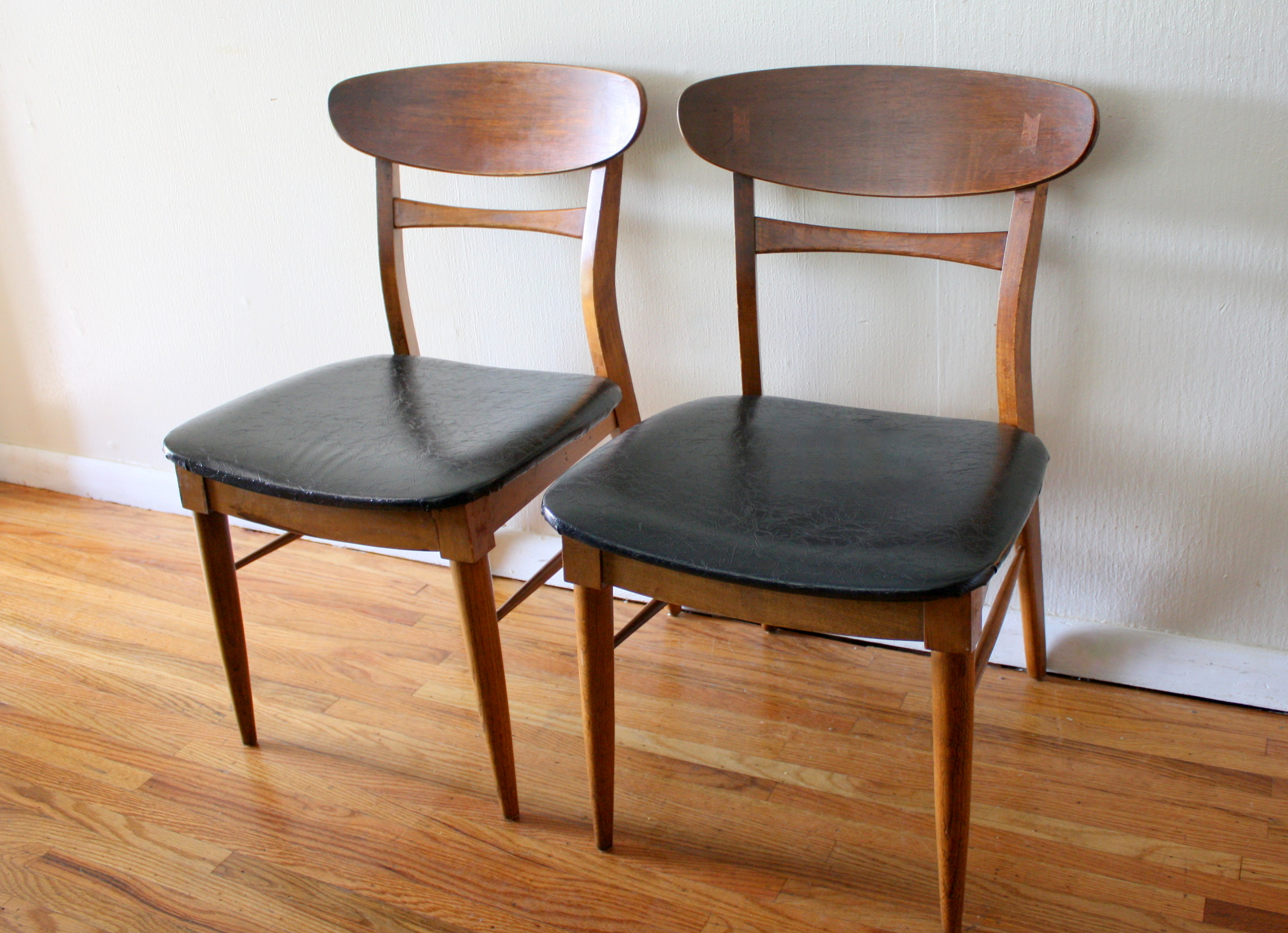 Mid Century Modern Lane Dovetail Chairs