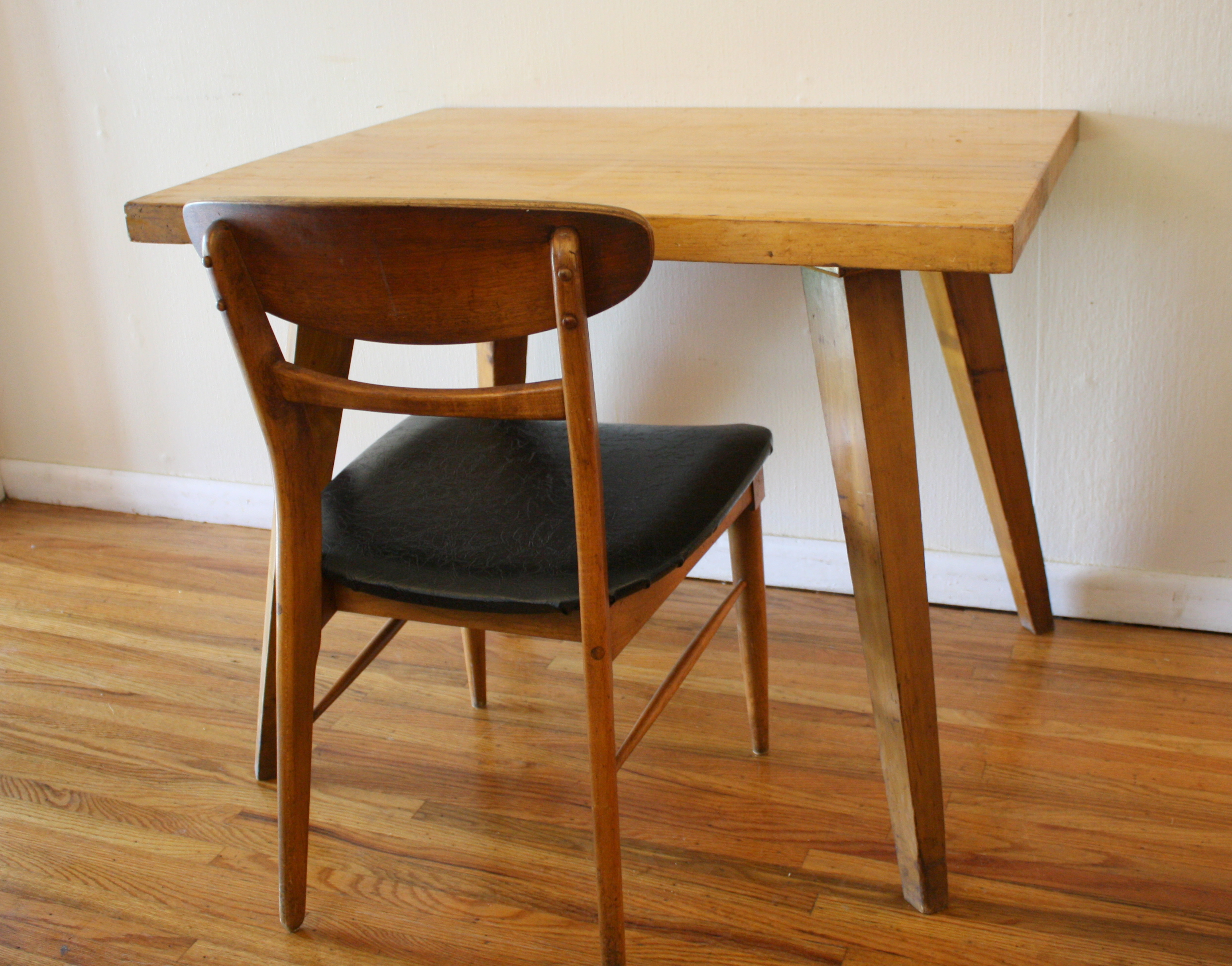 Mid Century Modern Splayed Leg Table Picked Vintage