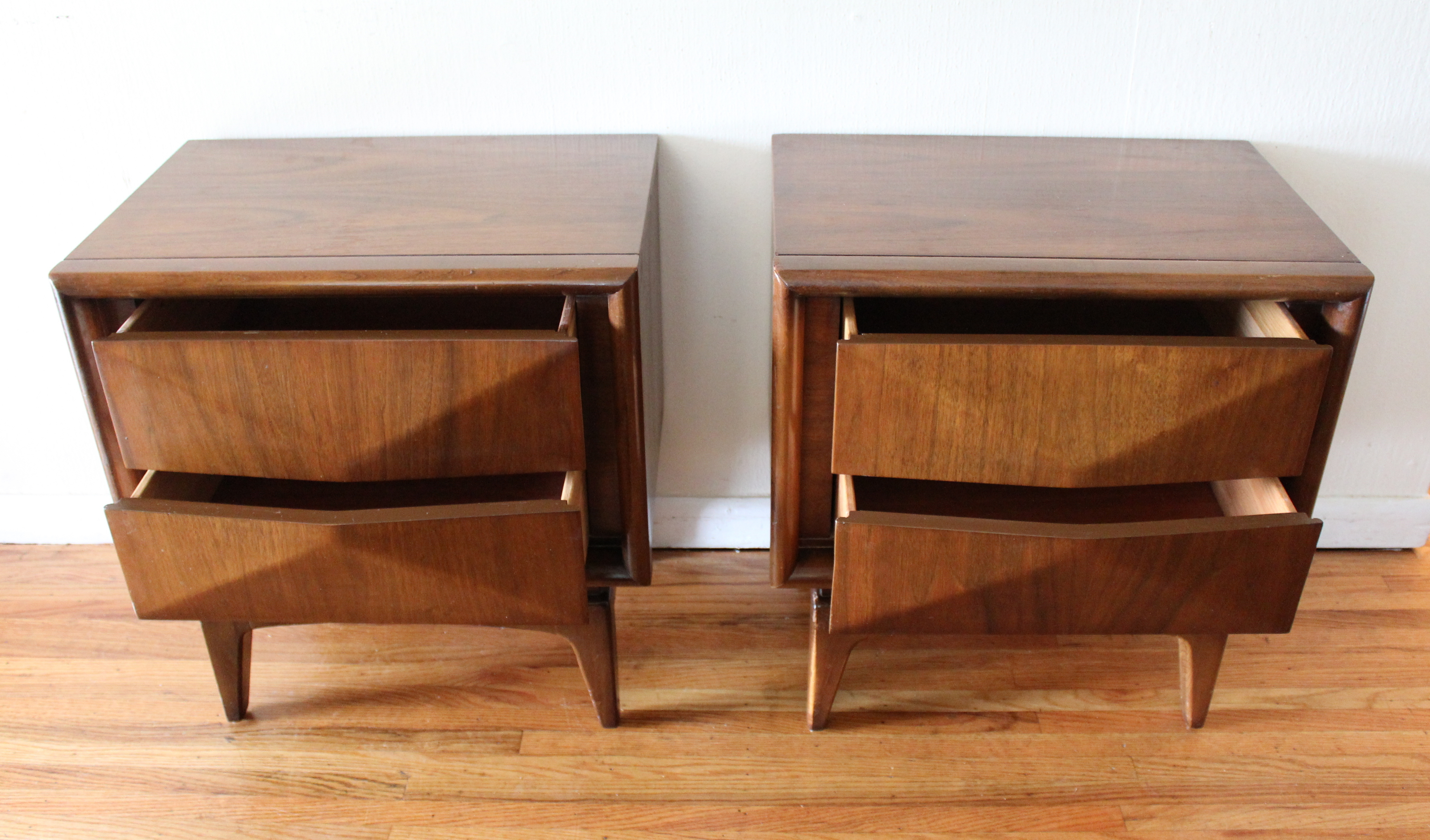 Mid Century Modern Side End Tables By United Picked Vintage