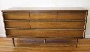 bassett 9 drawer dresser 1