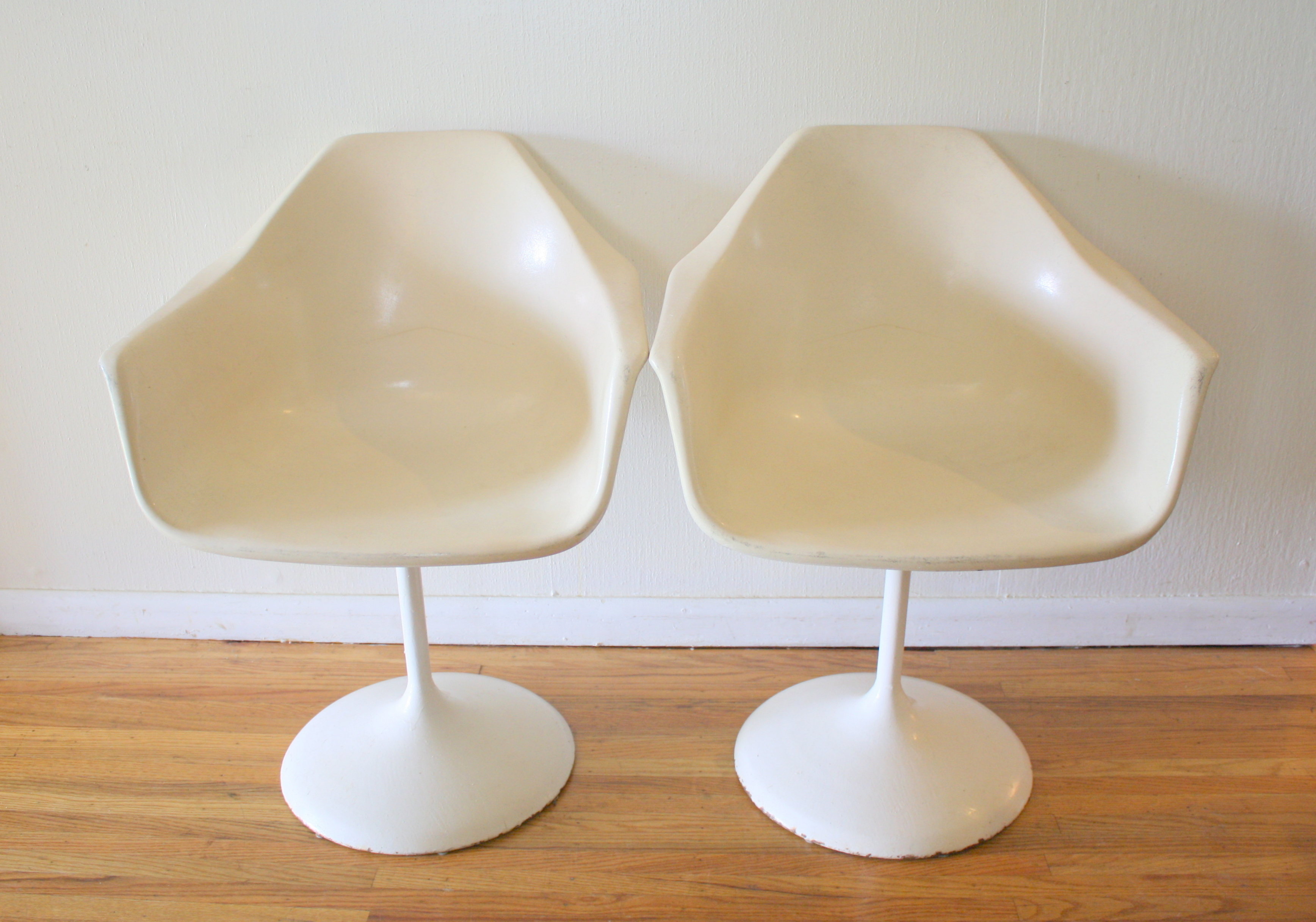 shell chairs 1