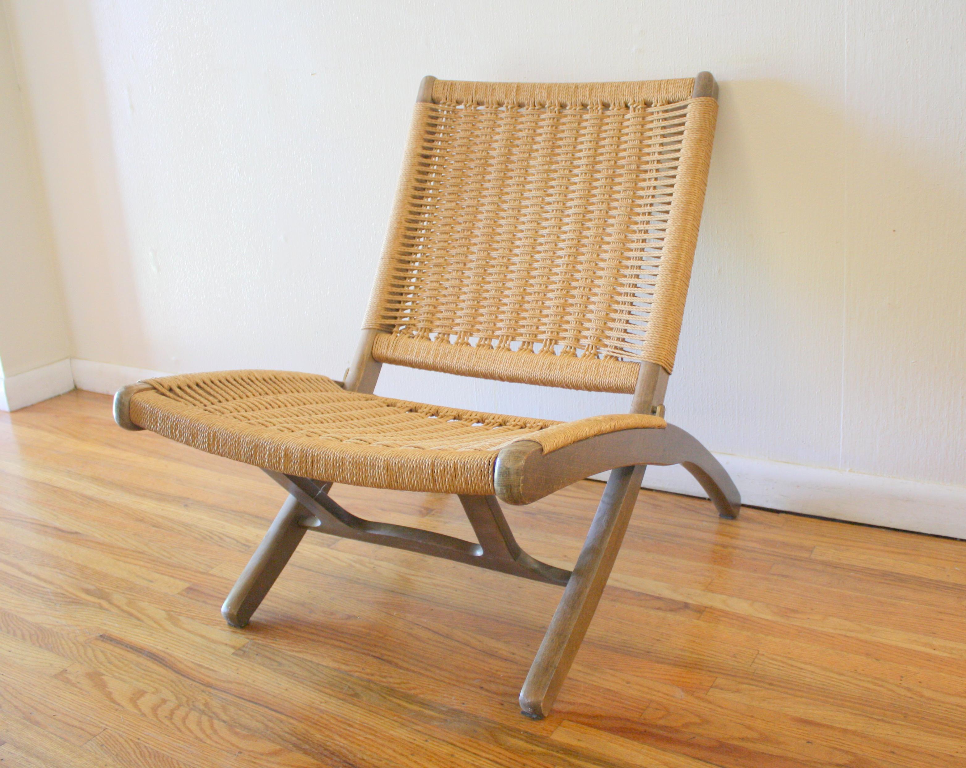 Vintage hans wegner folding chair here