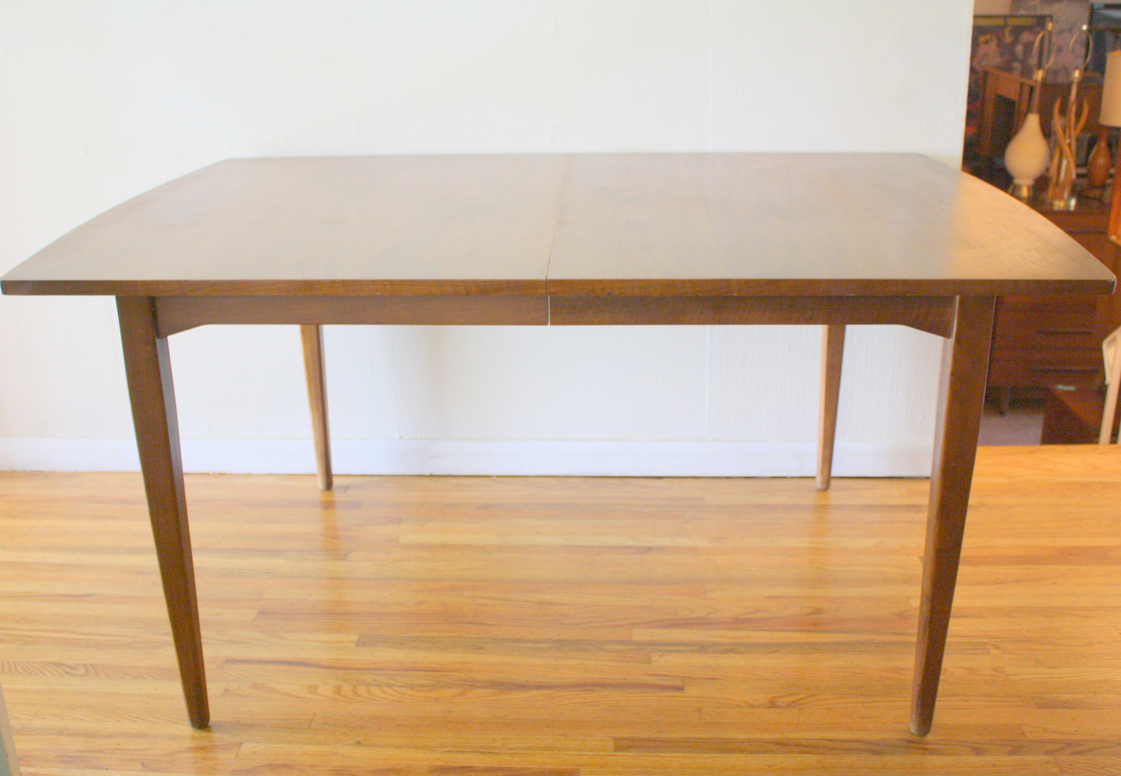 Mid Century Modern Dining Table By Kipp Stewart For Drexel