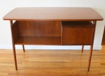 mcm desk with front bookshelf 3