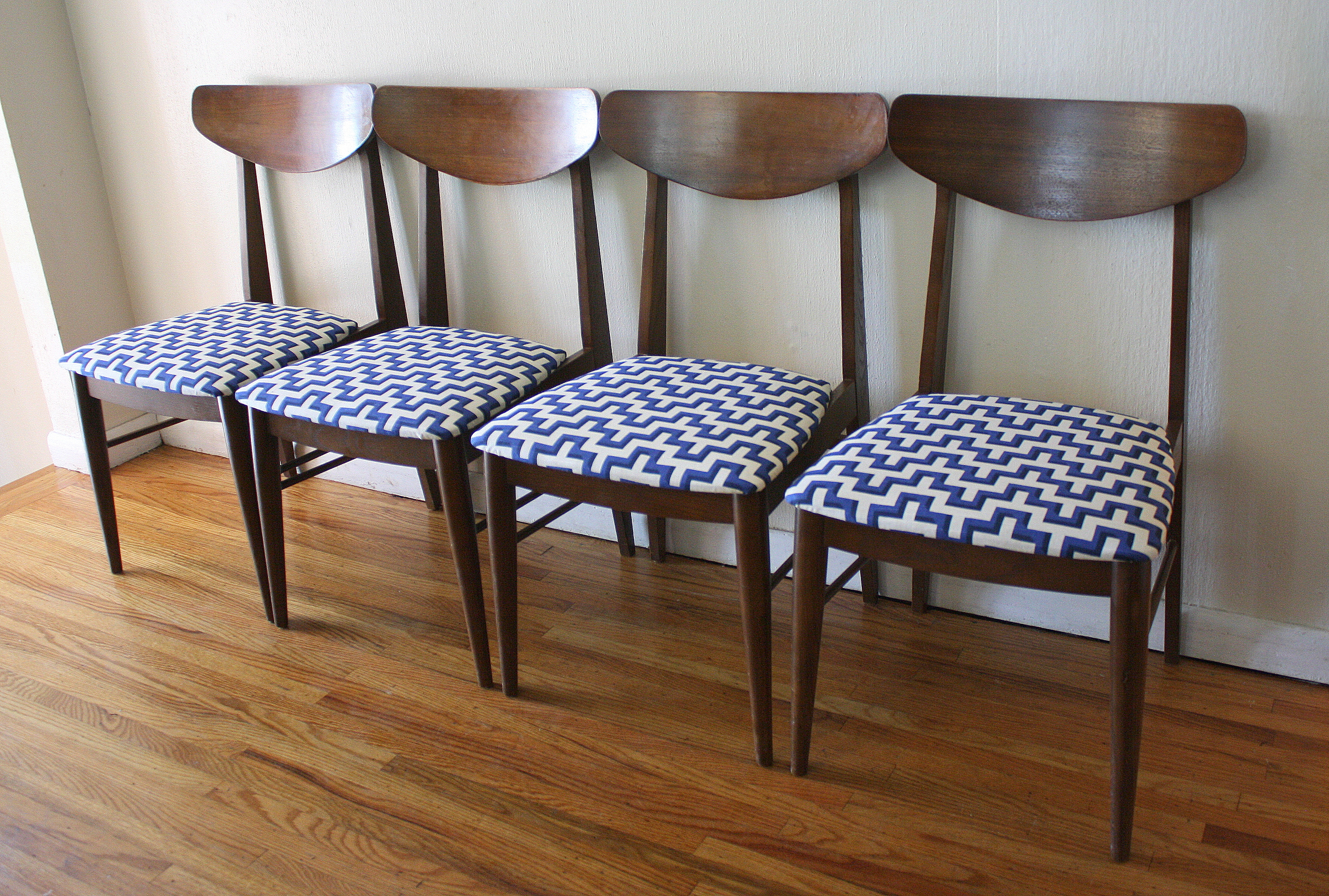 Mcm Dining Chairs Geometric Pattern Vintage Mid Century Modern