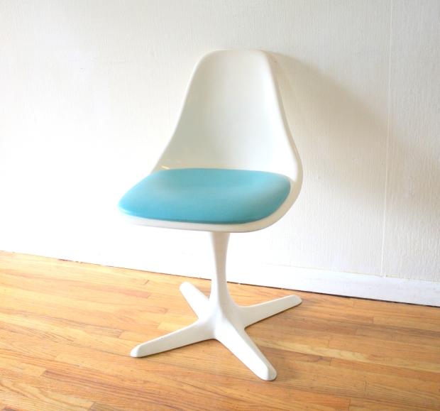 mcm shell chair blue cushion