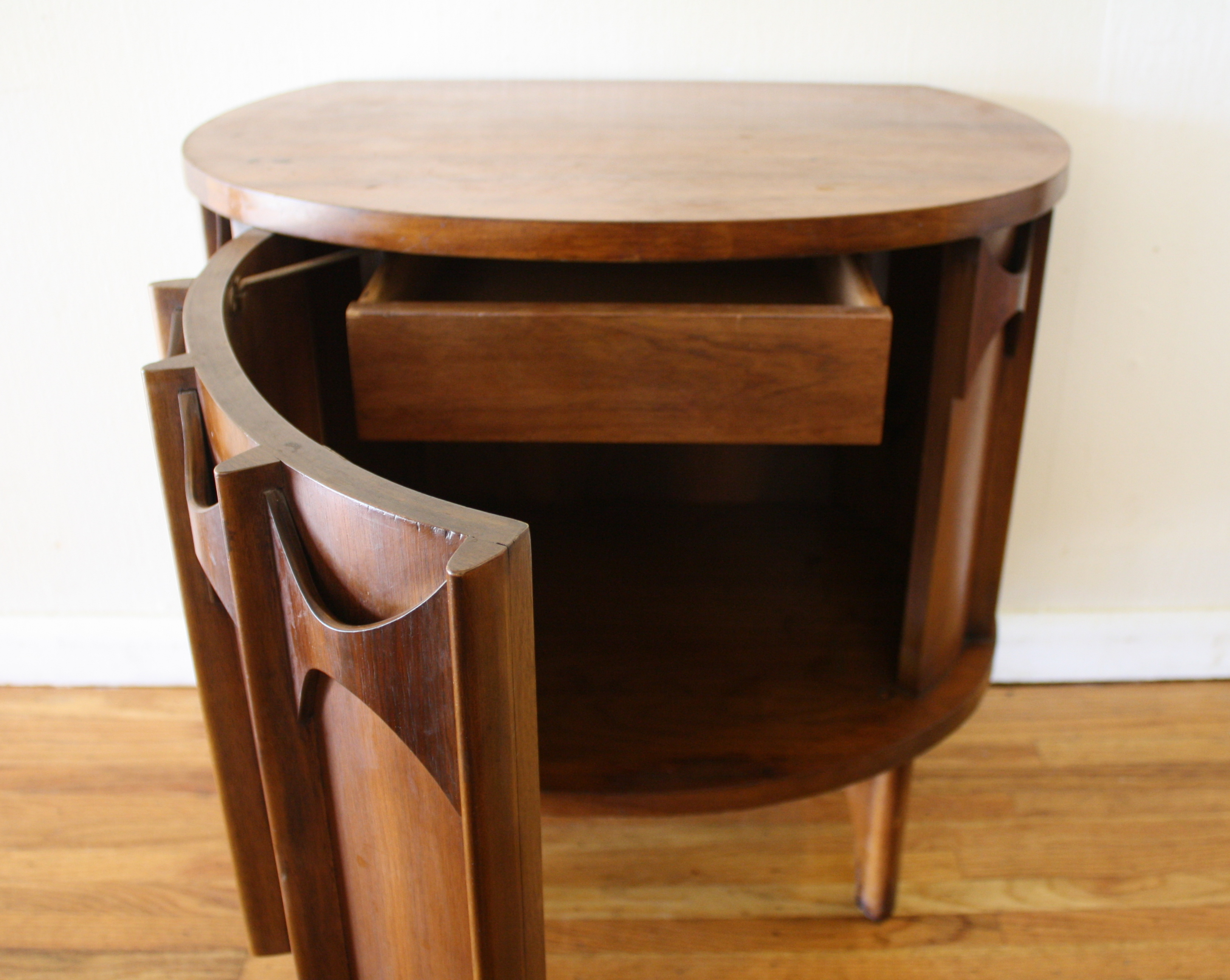 Kent Coffey Perspecta Demilune Table 3