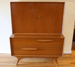 mcm gentleman's dresser 1