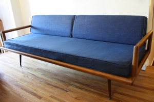 mcm blue splayed couch 1