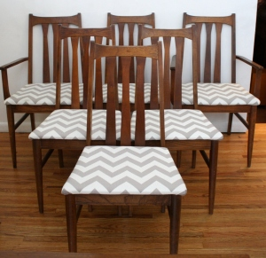 mcm slatted dining chairs set of 6 in chevron 1