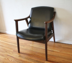 mcm black naugahyde arm chair 3