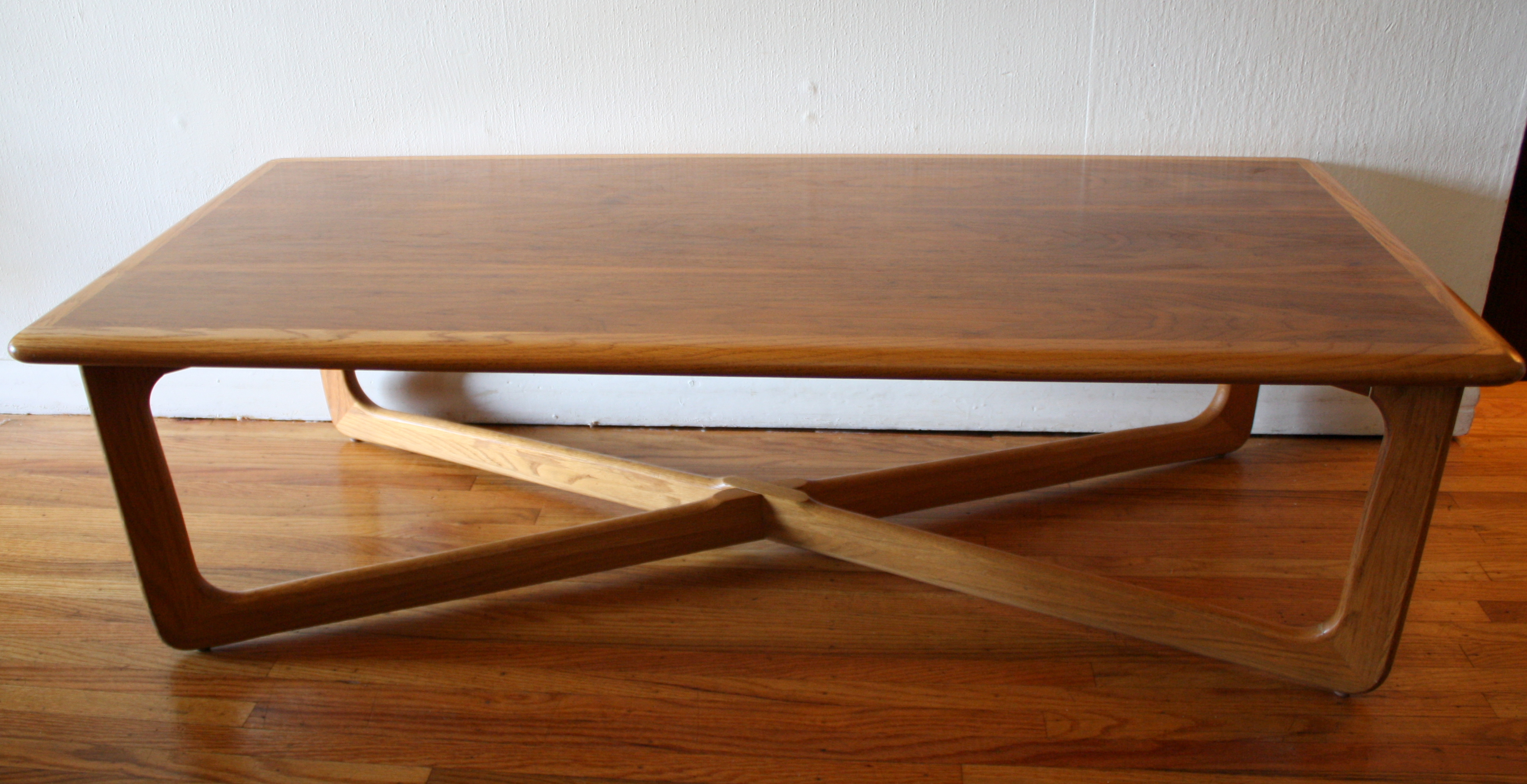 Mid century modern cross base coffee table by lane for Mid century modern coffee table