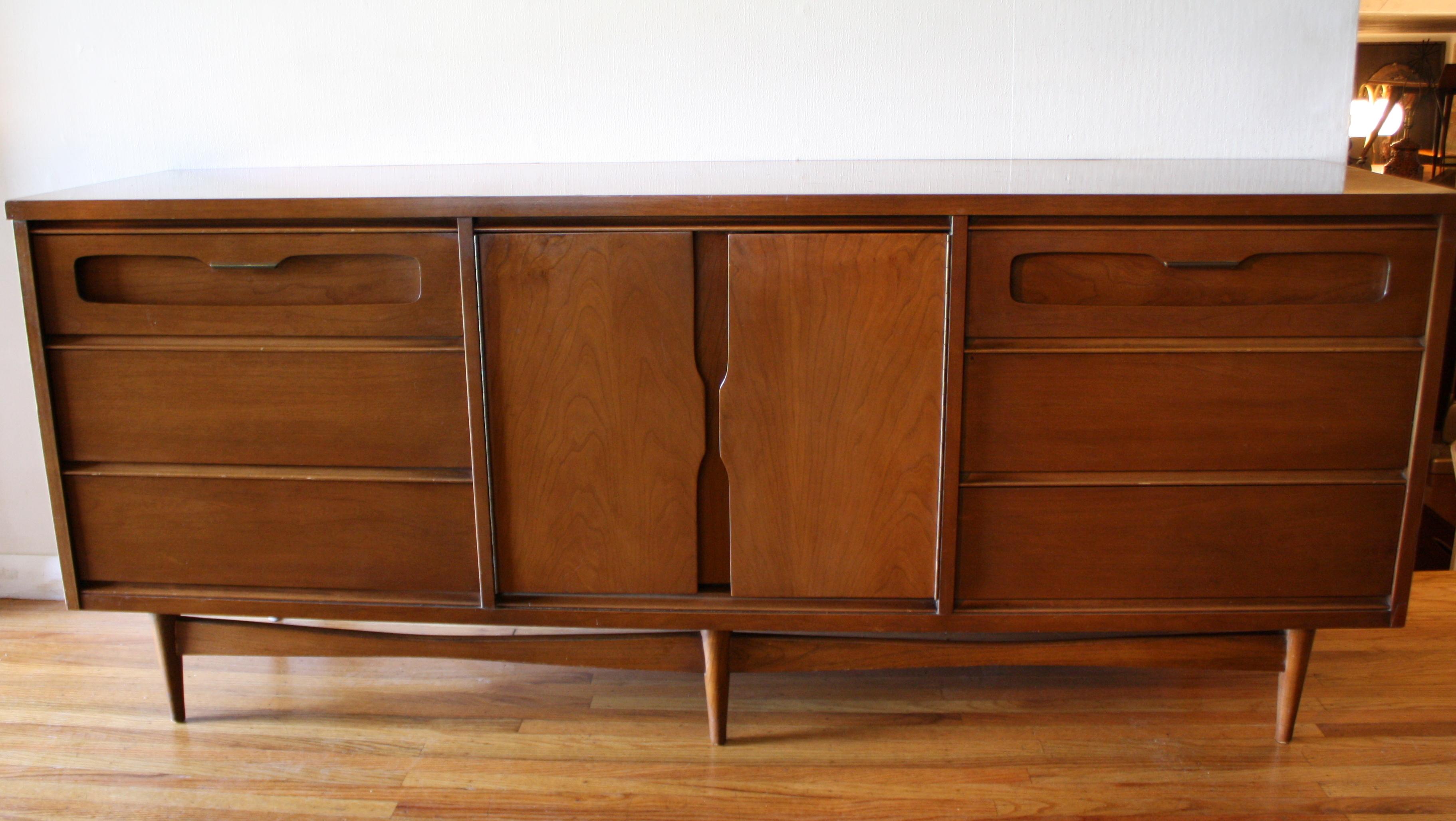 Replacement Pulls For Furniture Thomasville Furniture Drawer Handles  ... Sligh Furniture Dresser. on drexel bedroom furniture drawer pulls