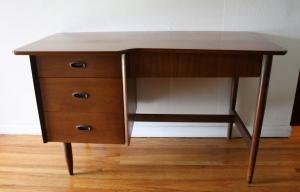 Hooker Mainline desk 1