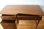 Hooker Mainline desk 4