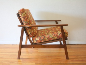 mcm arm chair geometric pattern cushions 2