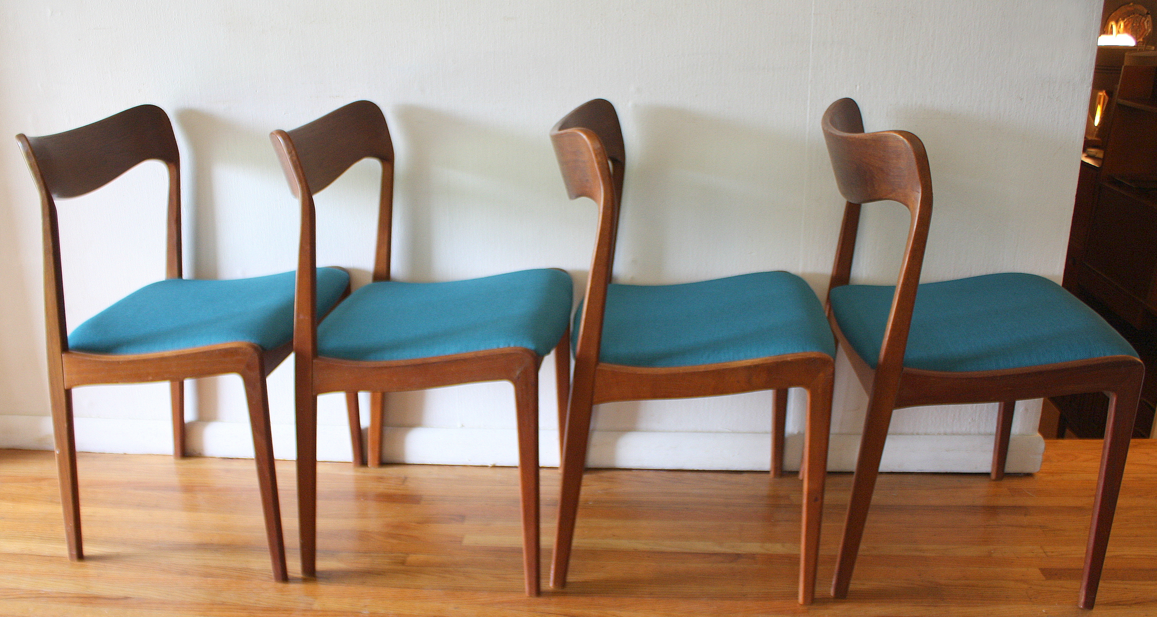 Mid century modern danish teak dining chairs and folding for Modern dining table and chairs